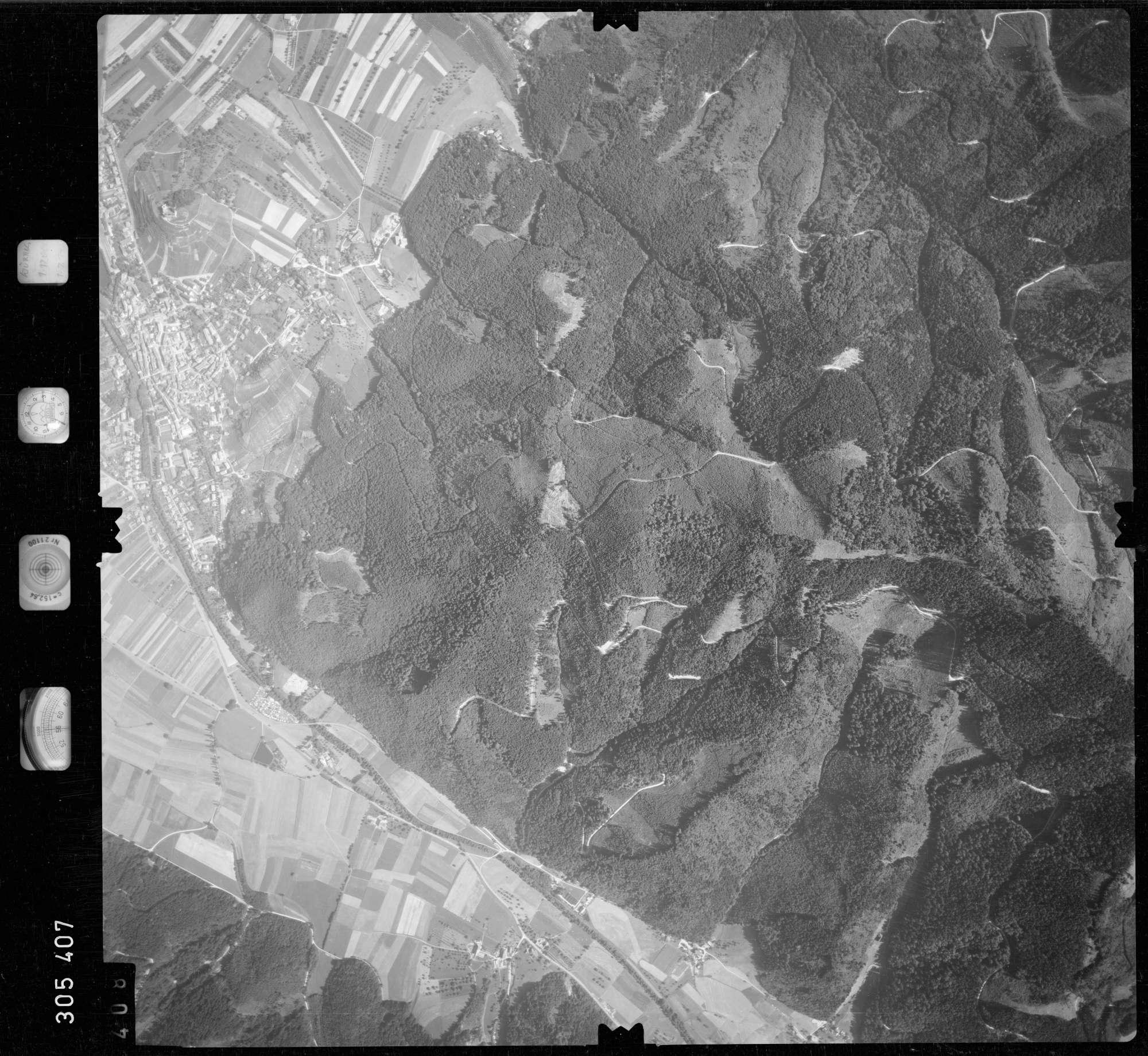Luftbild: Film 60 Bildnr. 408, Bild 1