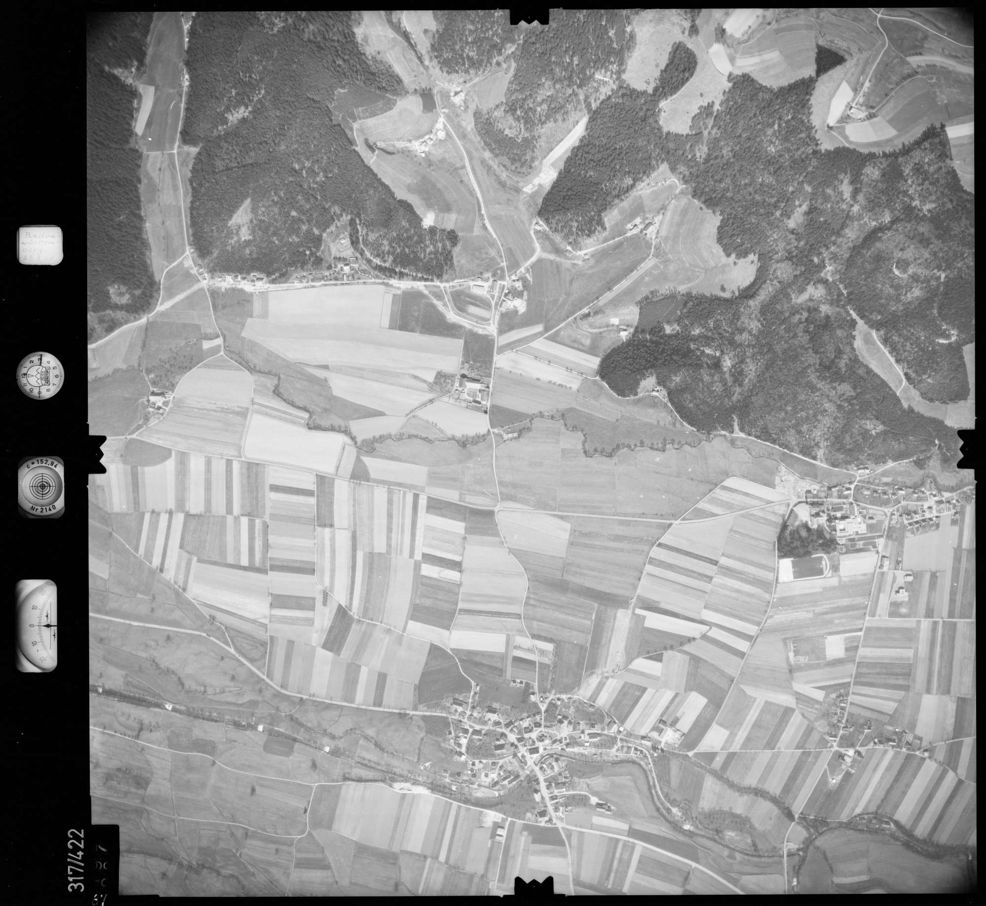 Luftbild: Film 54 Bildnr. 87, Bild 1