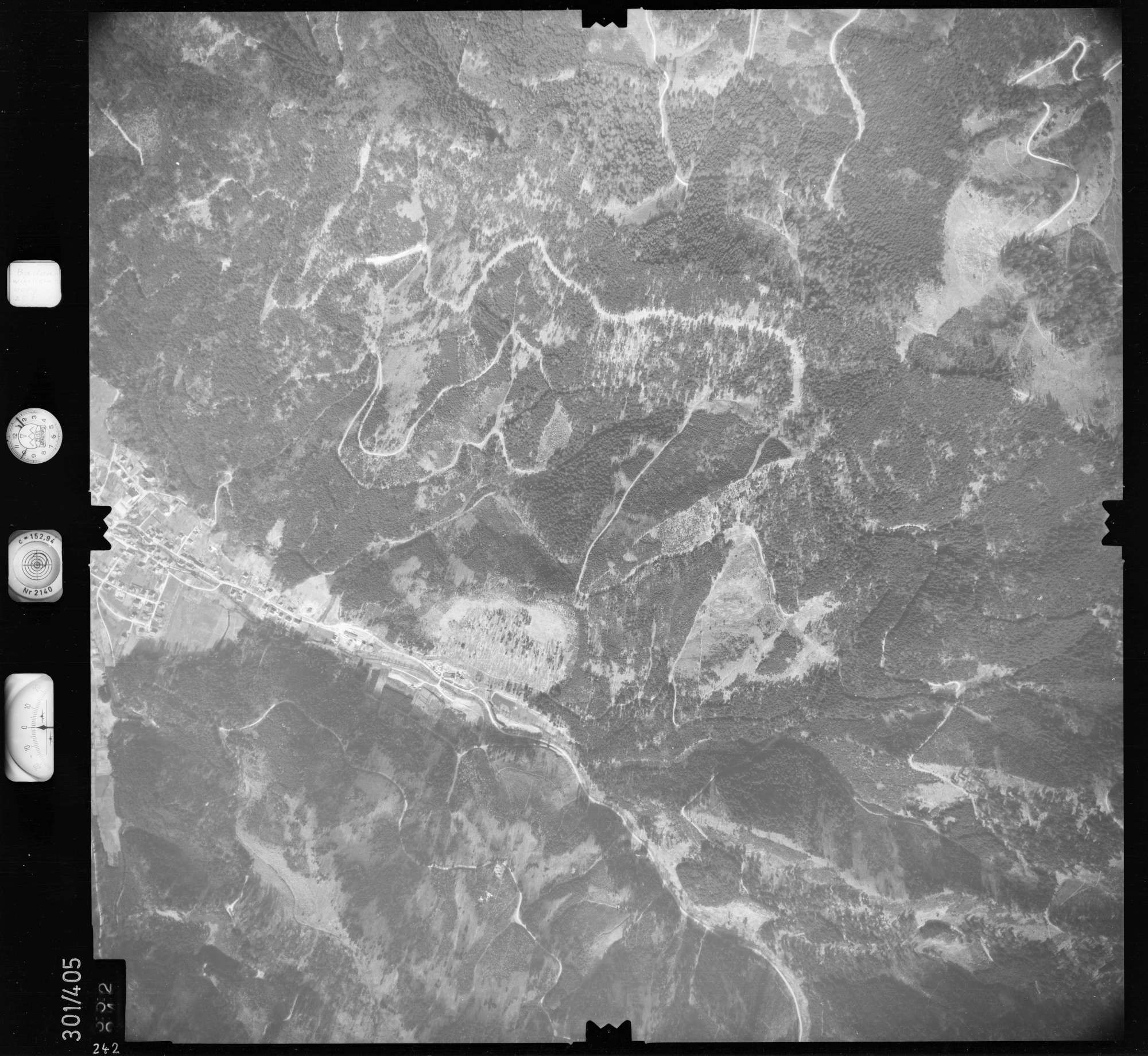 Luftbild: Film 54 Bildnr. 242, Bild 1