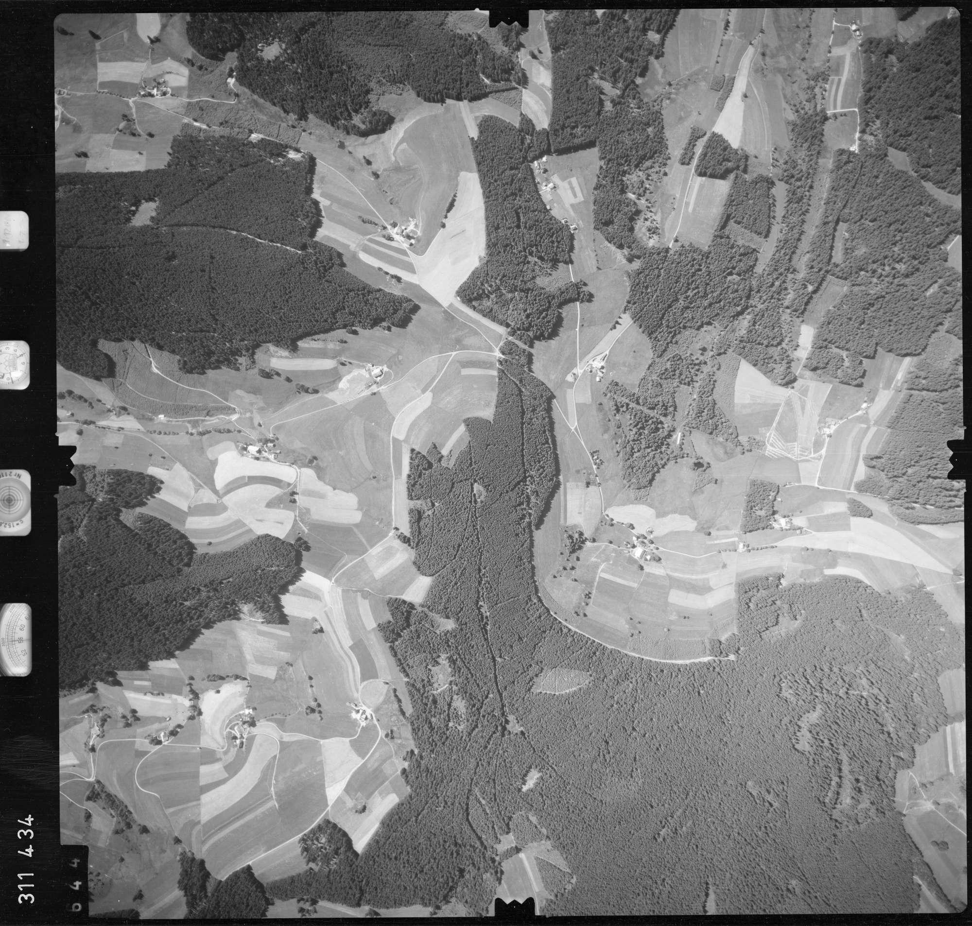 Luftbild: Film 56 Bildnr. 644, Bild 1