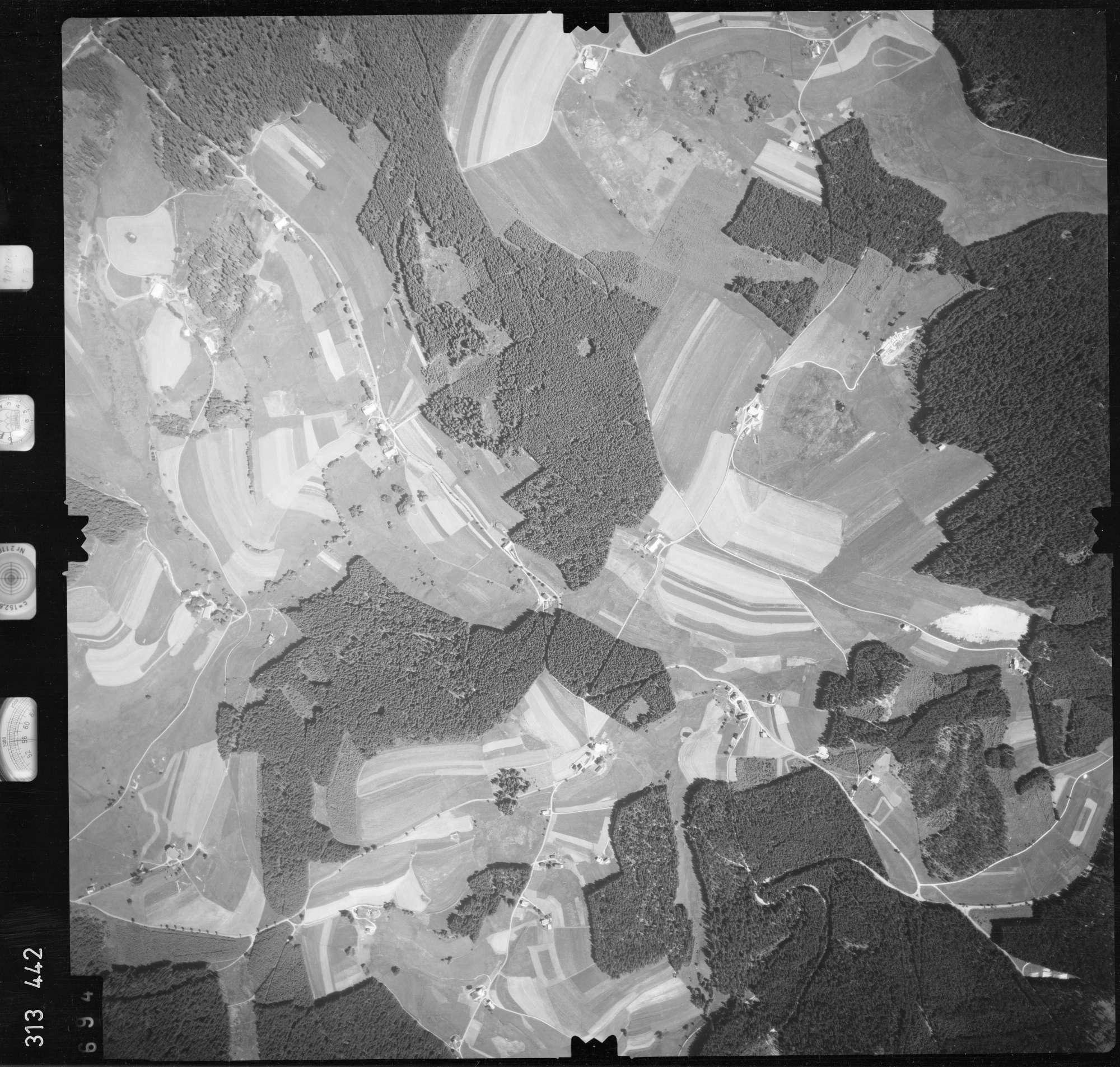 Luftbild: Film 56 Bildnr. 694, Bild 1