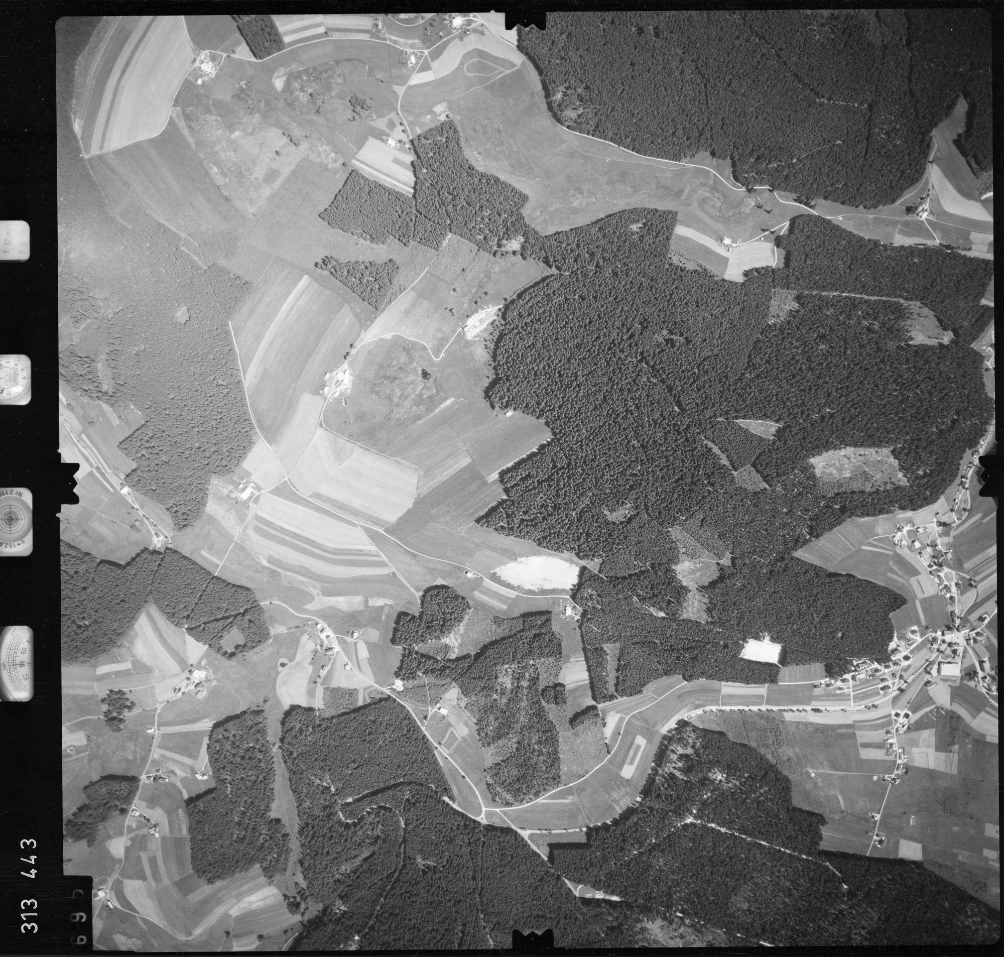 Luftbild: Film 56 Bildnr. 695, Bild 1