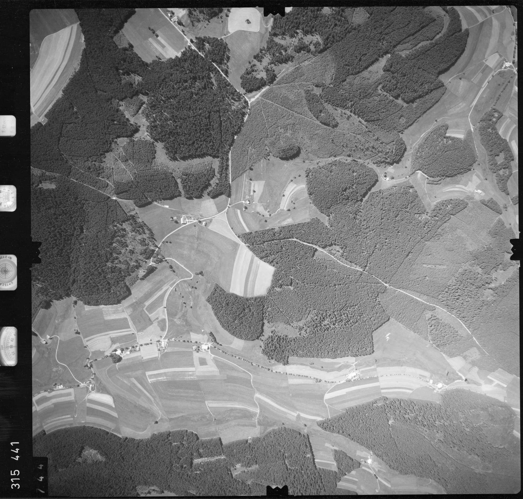 Luftbild: Film 56 Bildnr. 744, Bild 1