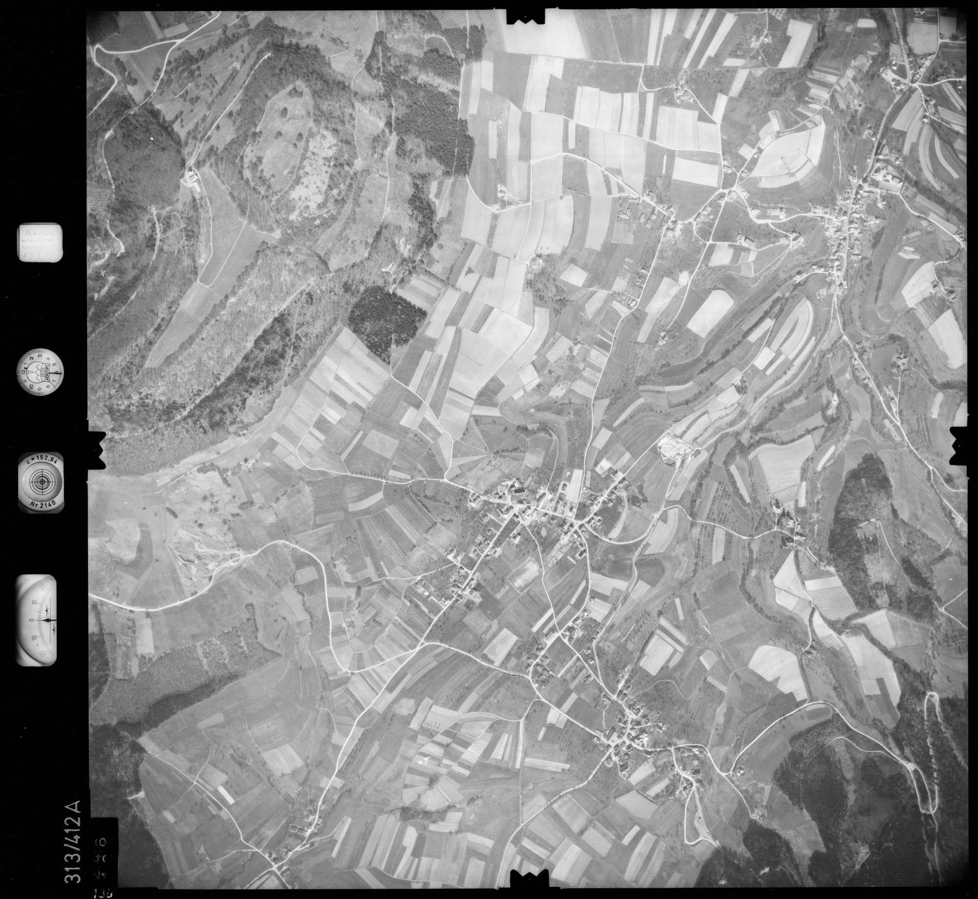 Luftbild: Film 54 Bildnr. 136, Bild 1