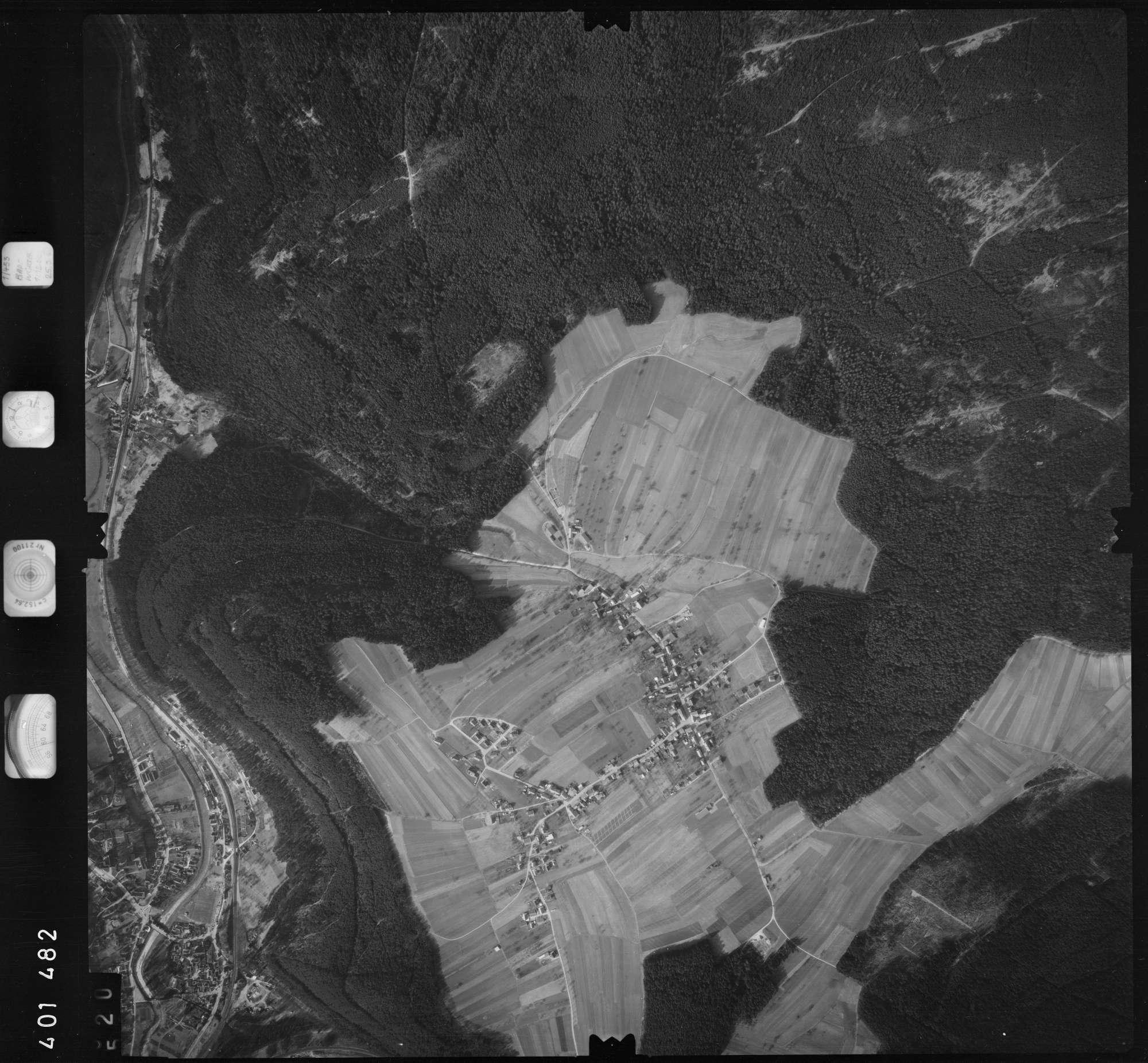 Luftbild: Film 23 Bildnr. 520, Bild 1