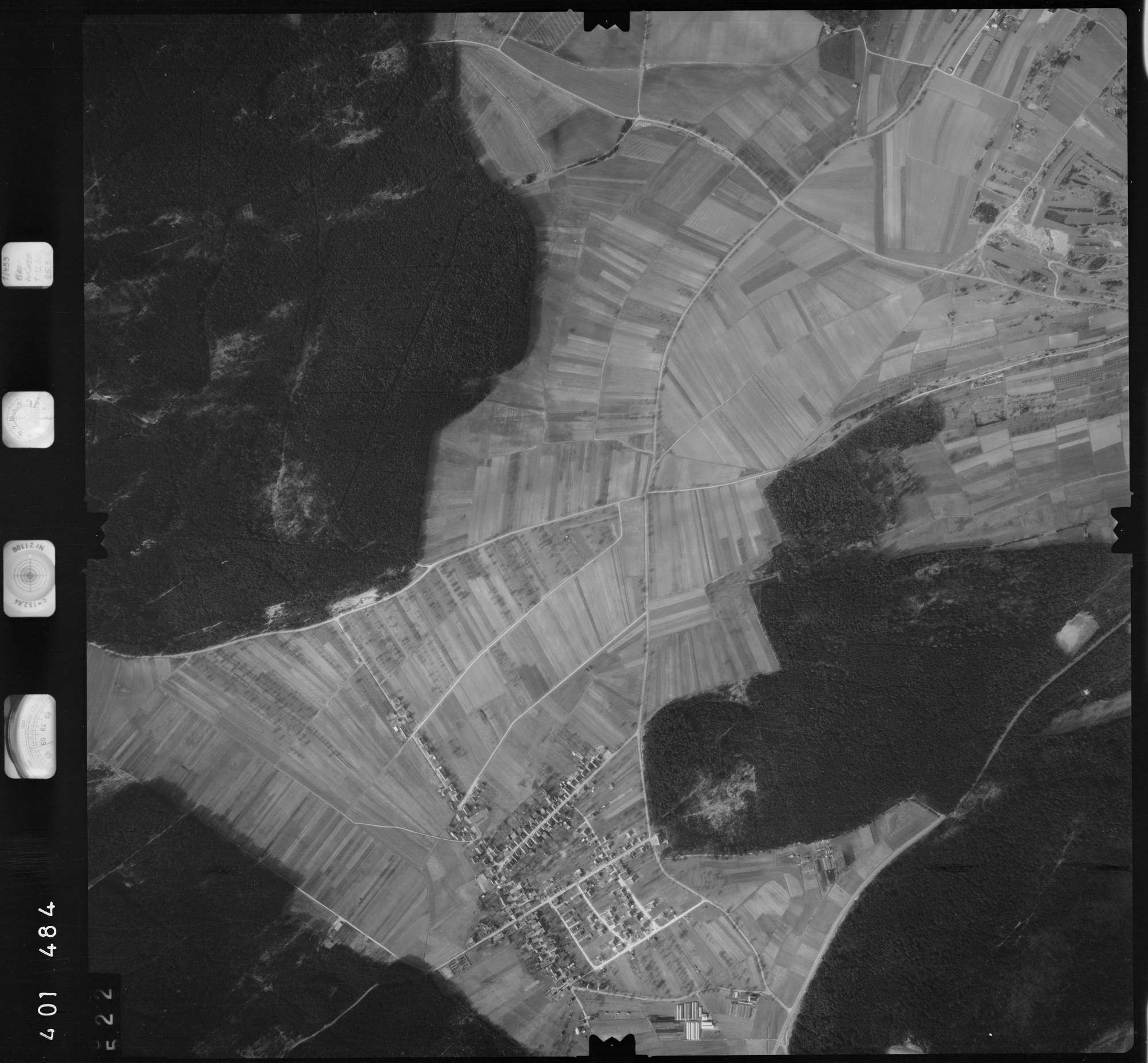 Luftbild: Film 23 Bildnr. 522, Bild 1