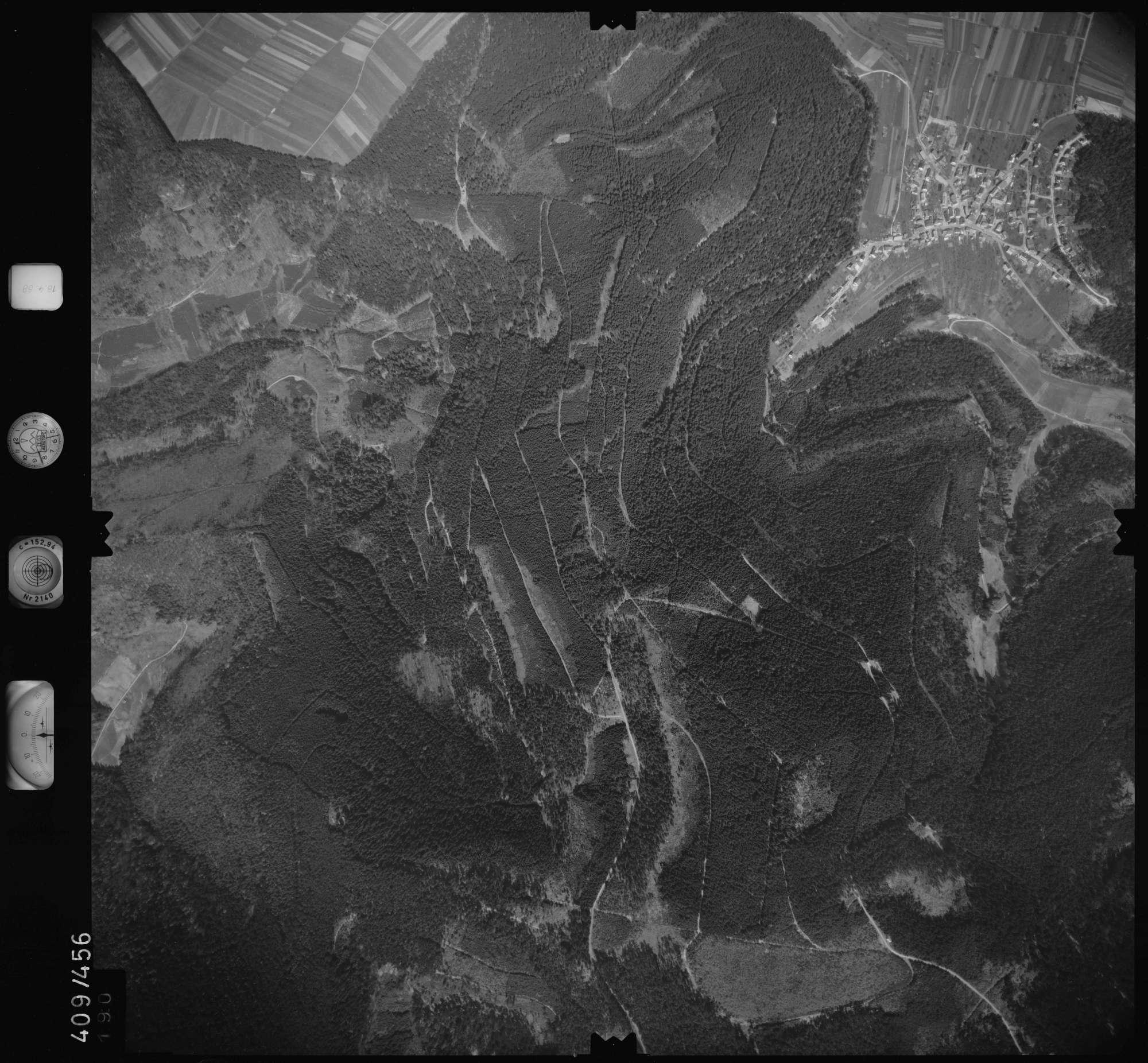 Luftbild: Film 4 Bildnr. 190, Bild 1