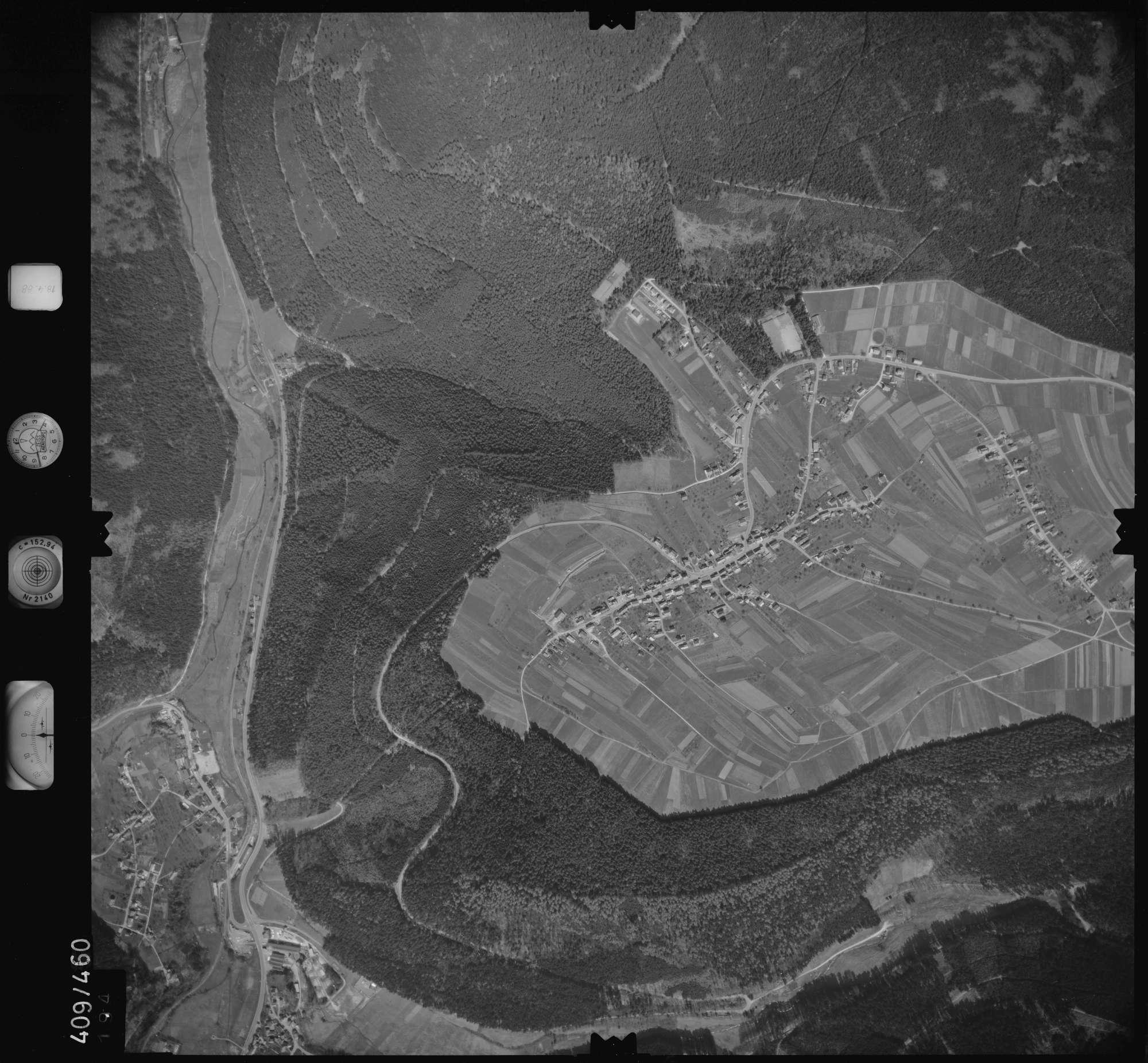 Luftbild: Film 4 Bildnr. 194, Bild 1