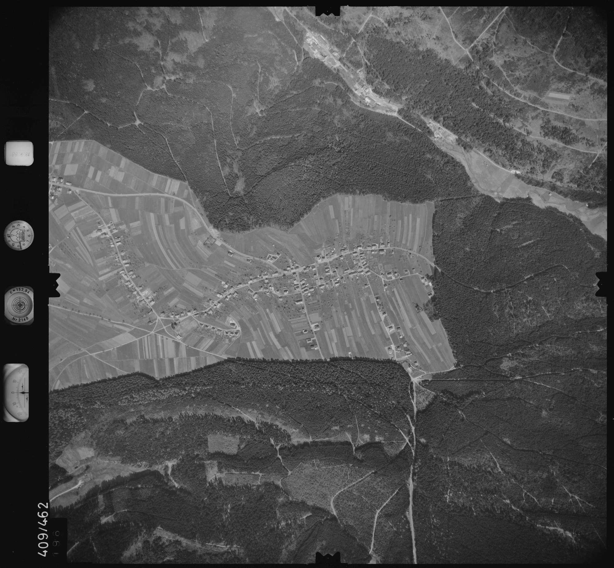 Luftbild: Film 4 Bildnr. 196, Bild 1