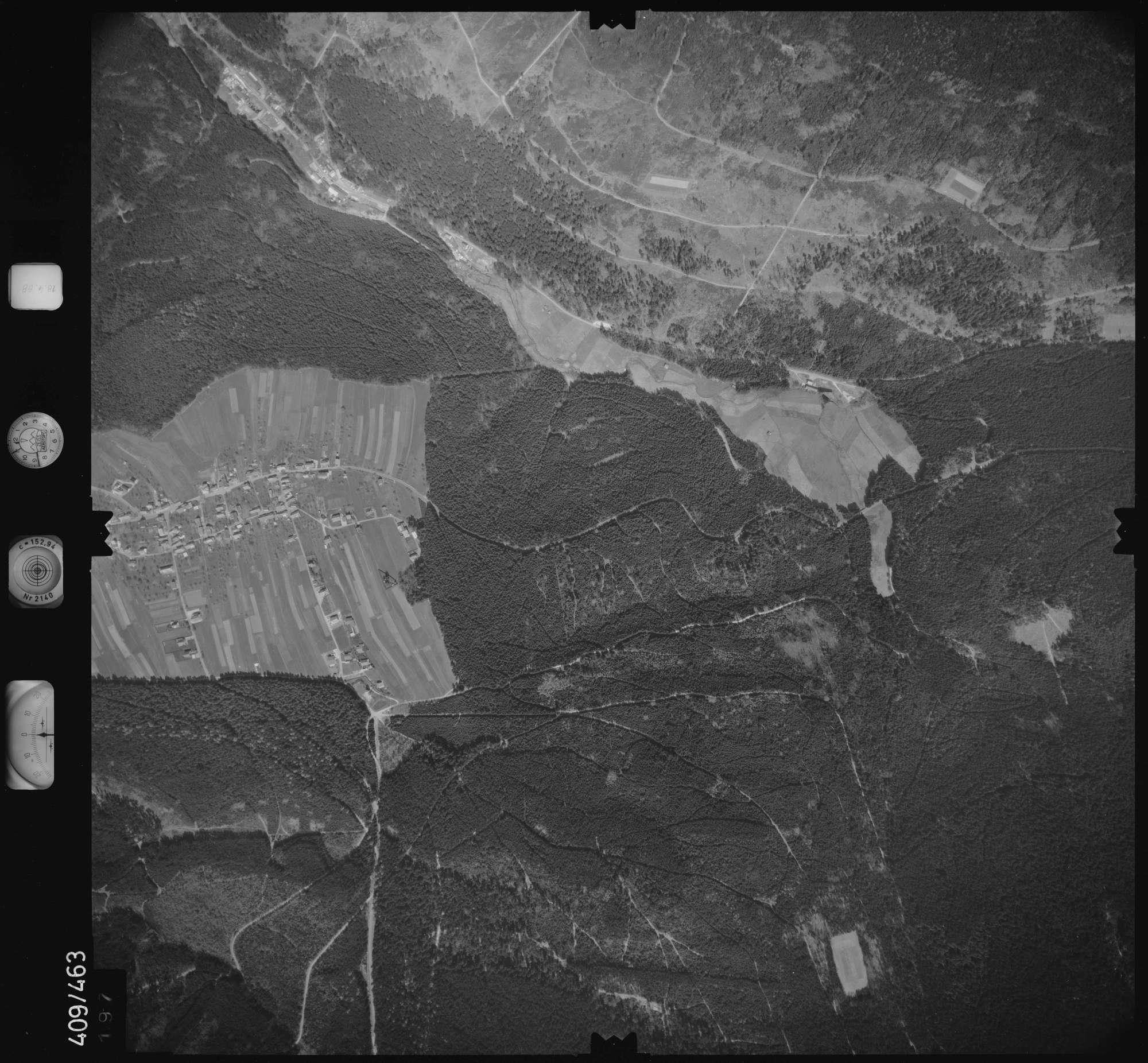 Luftbild: Film 4 Bildnr. 197, Bild 1