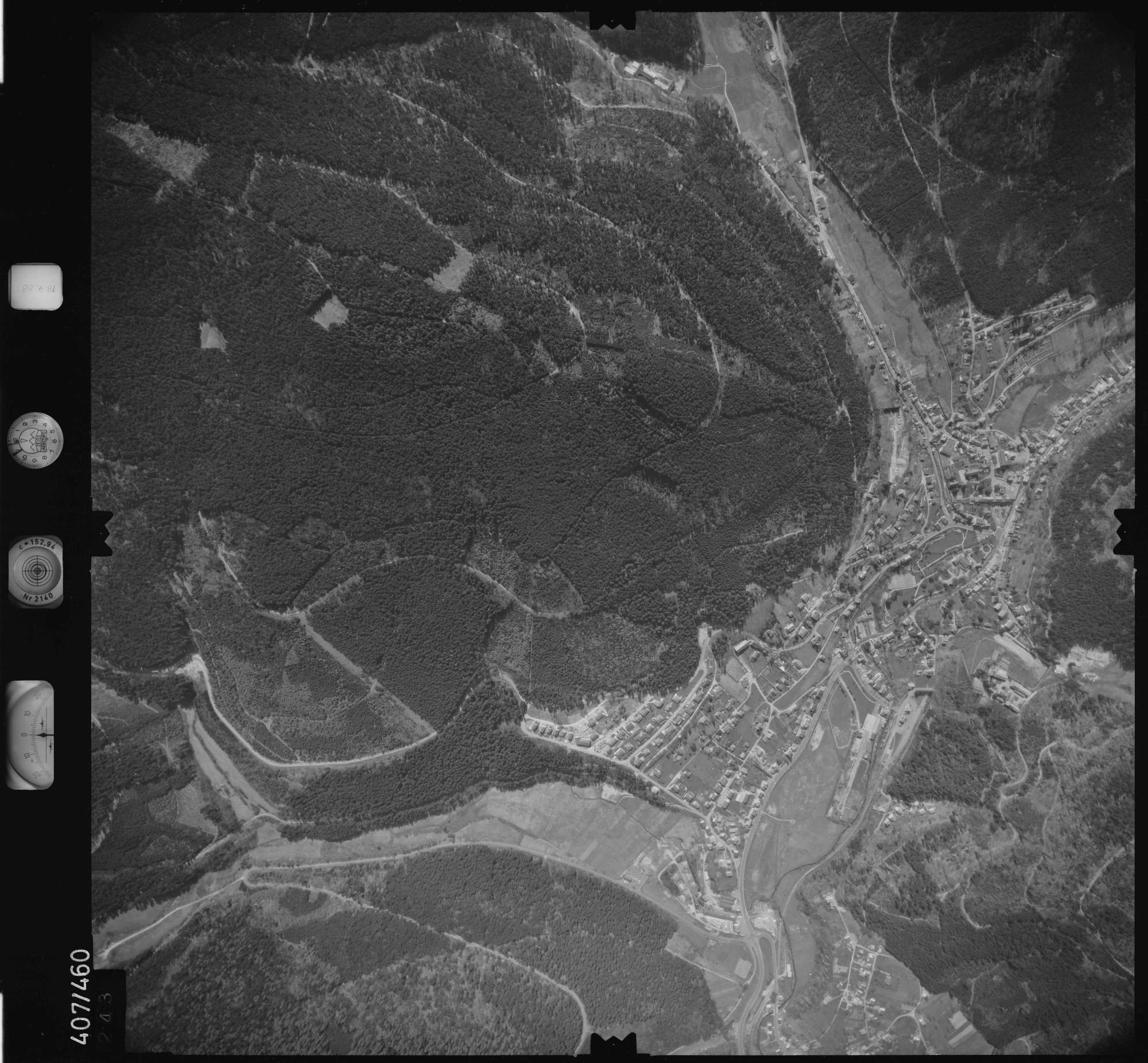 Luftbild: Film 4 Bildnr. 243, Bild 1