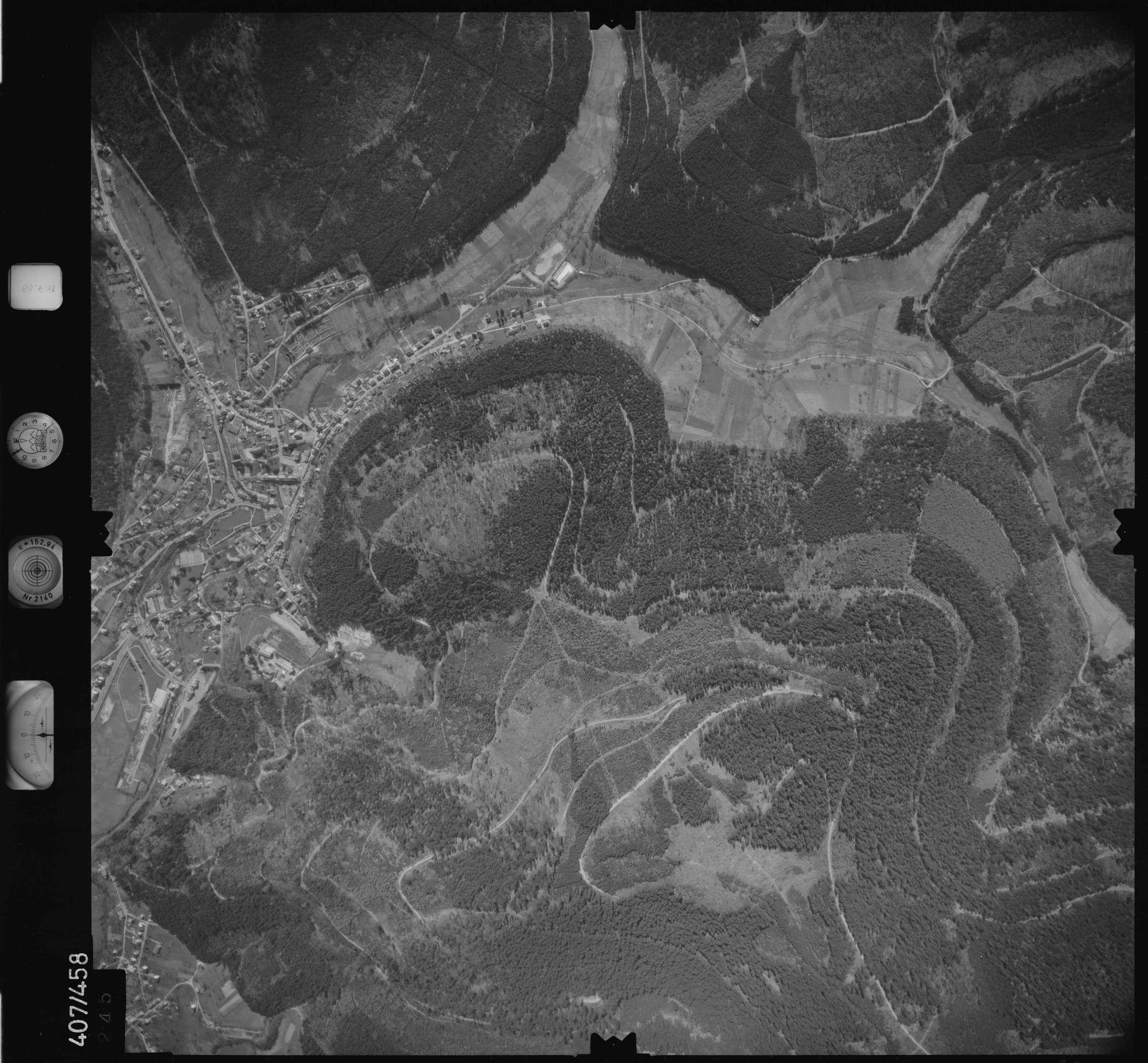 Luftbild: Film 4 Bildnr. 245, Bild 1