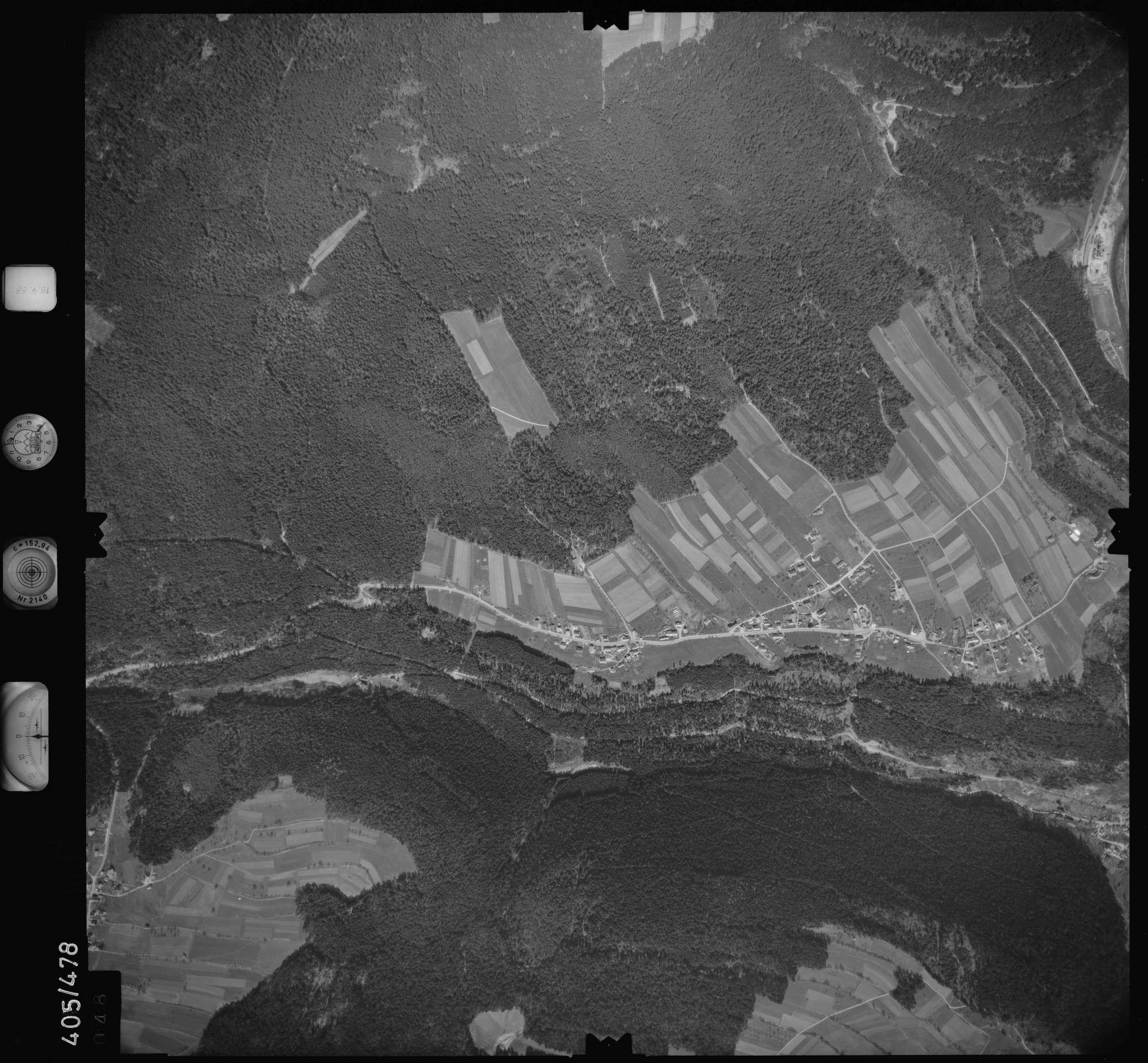 Luftbild: Film 9 Bildnr. 48, Bild 1