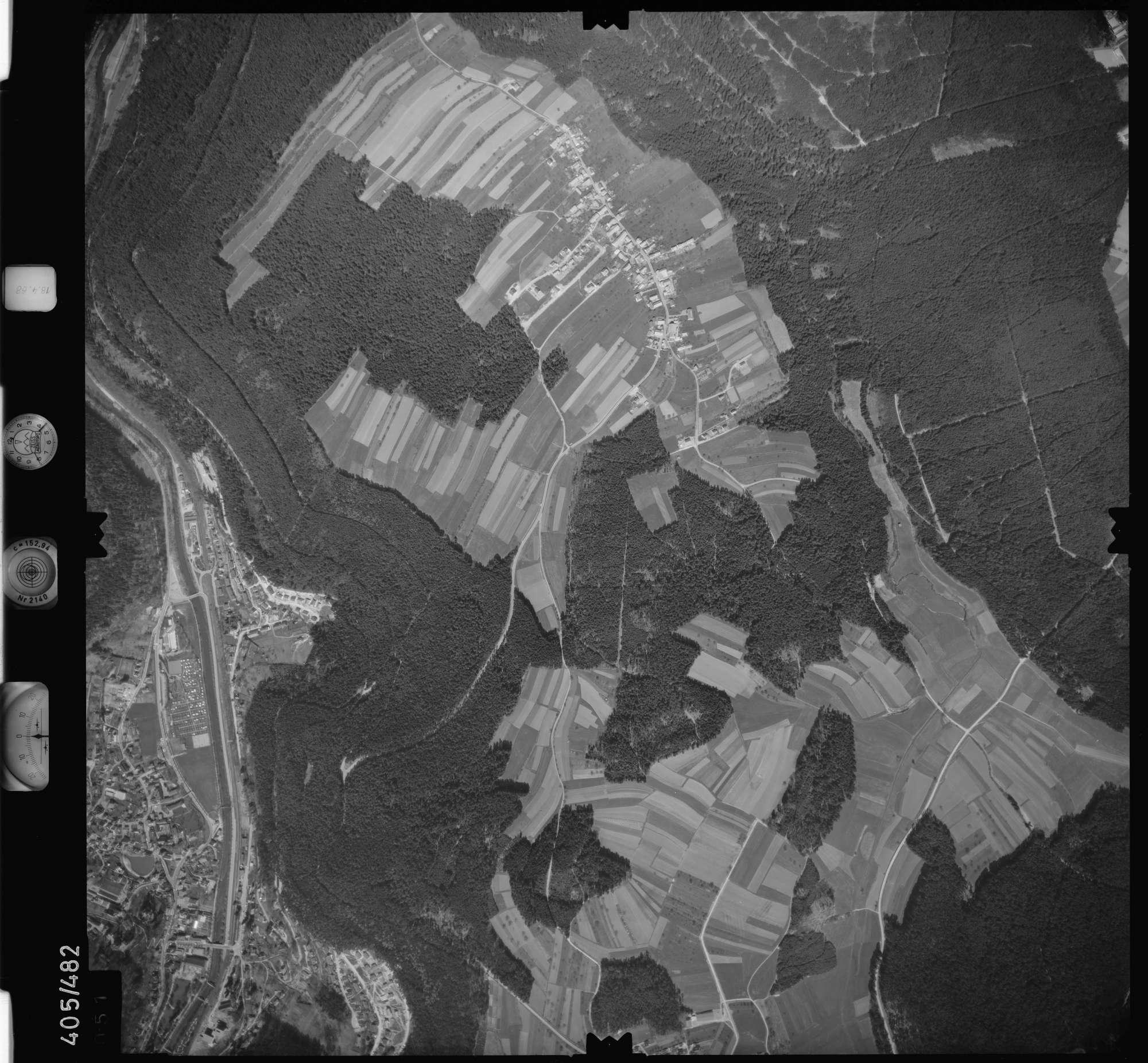 Luftbild: Film 9 Bildnr. 51, Bild 1