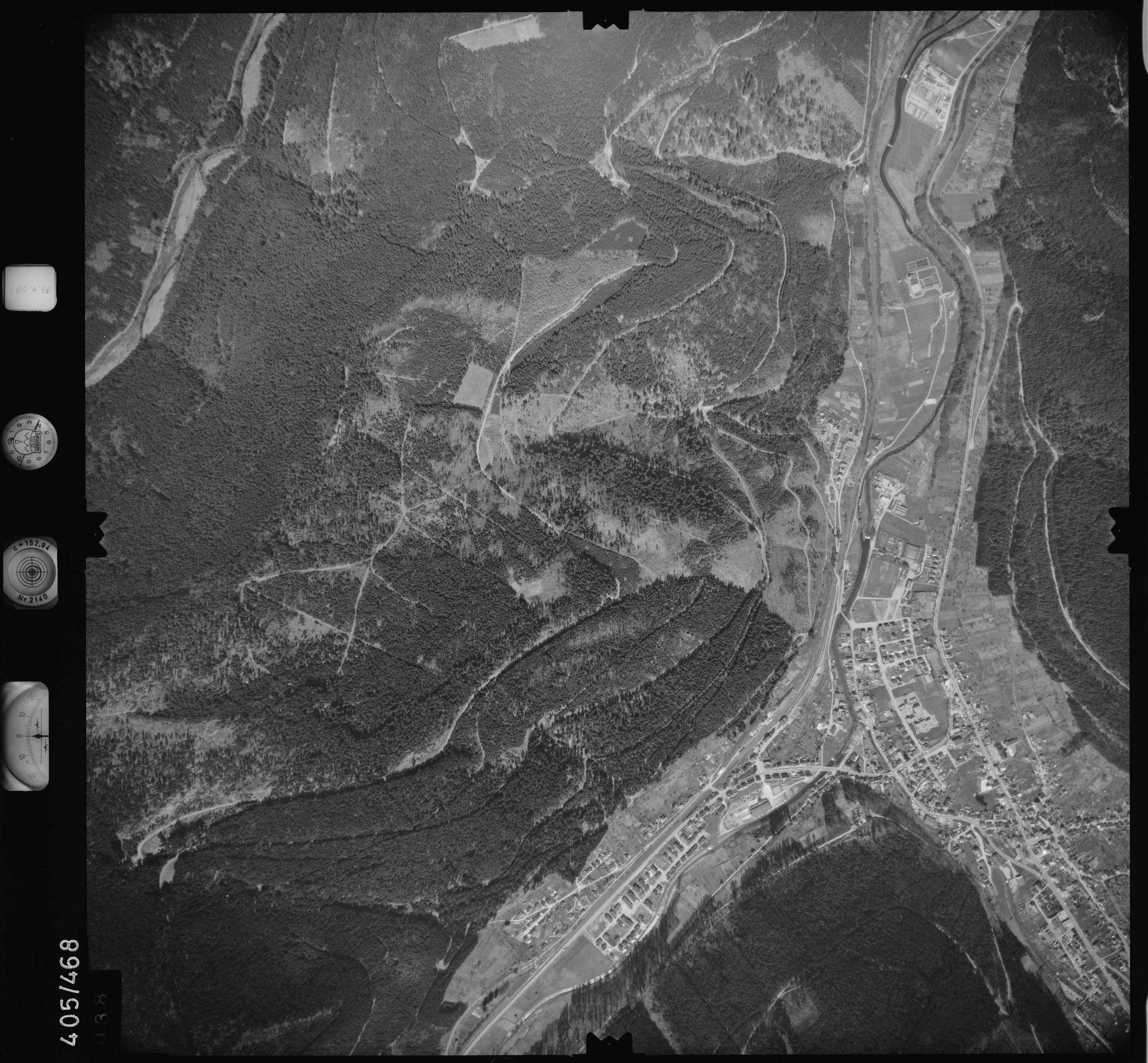 Luftbild: Film 9 Bildnr. 38, Bild 1