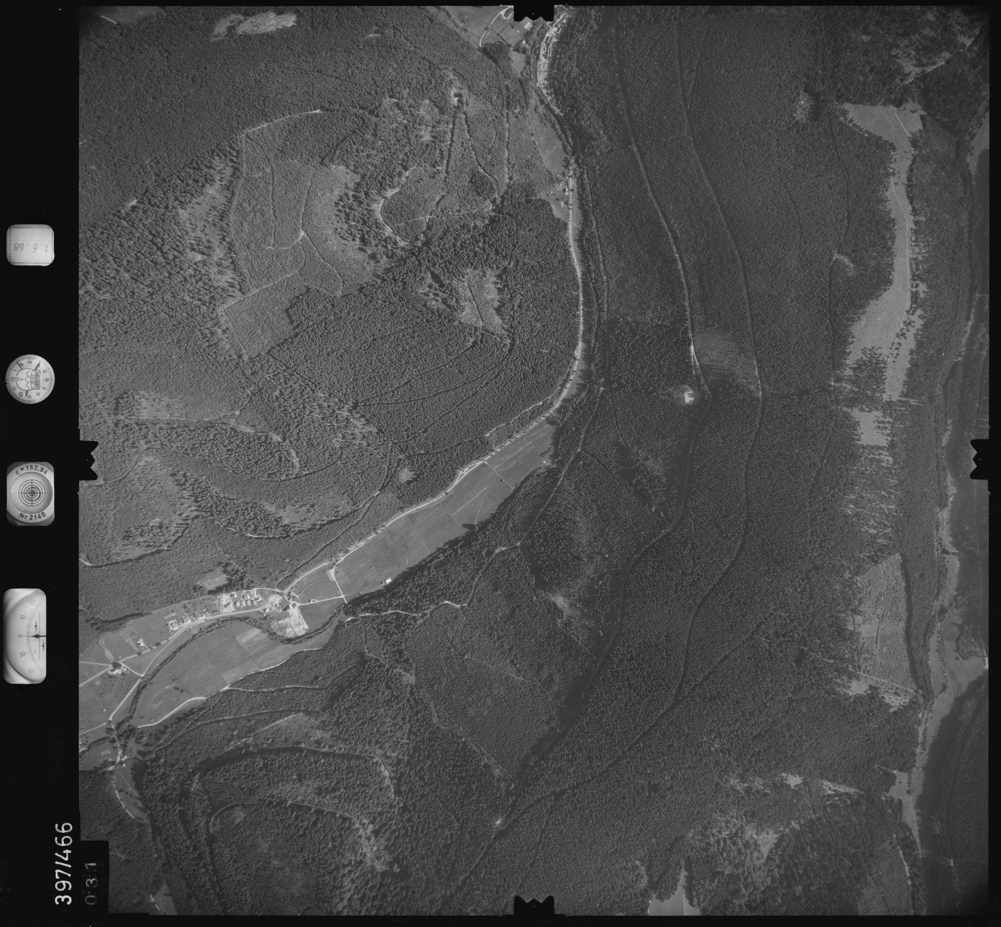 Luftbild: Film 16 Bildnr. 31, Bild 1