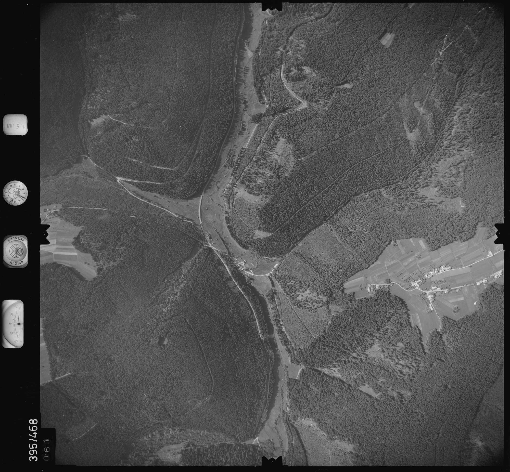 Luftbild: Film 16 Bildnr. 61, Bild 1