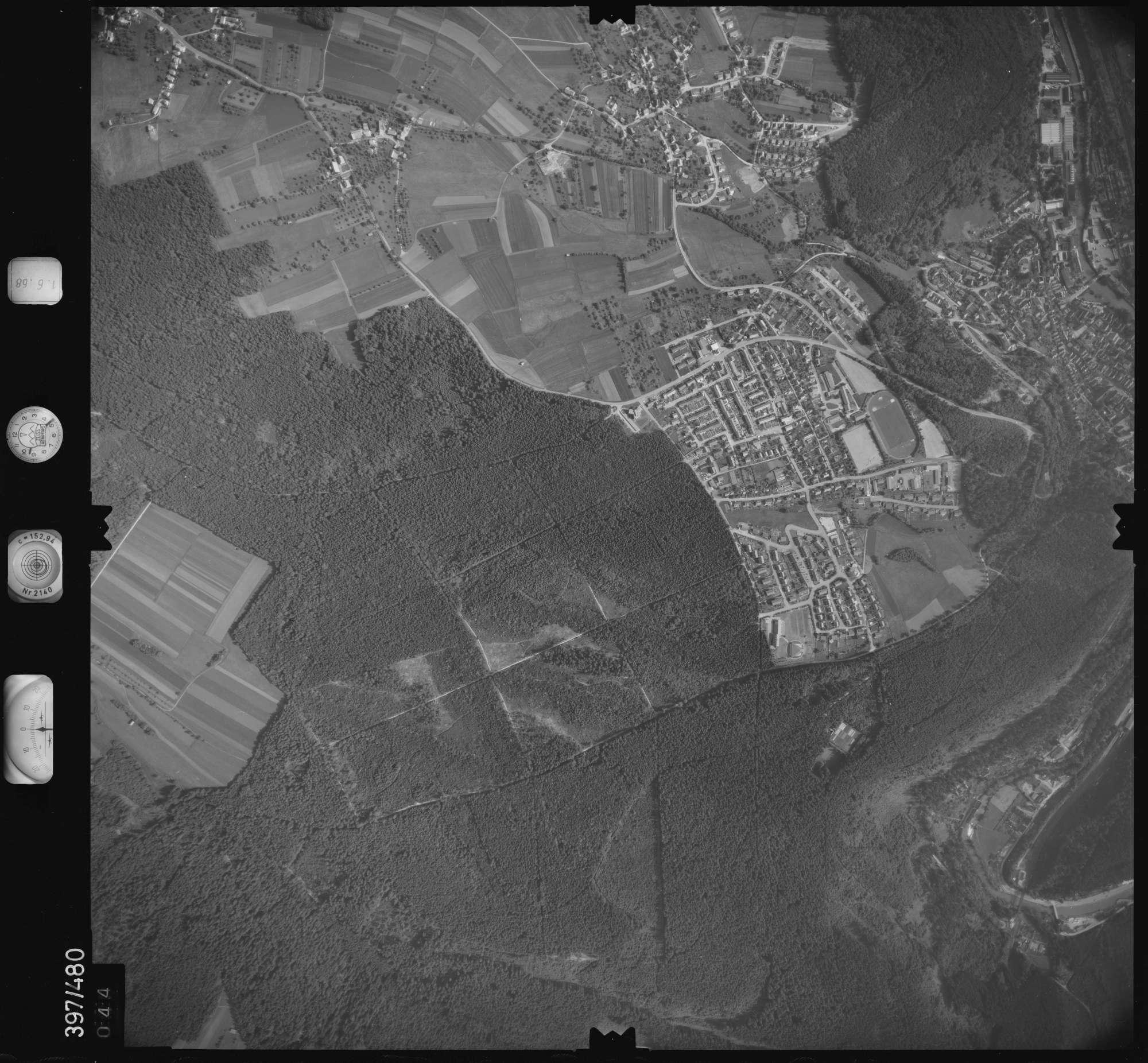 Luftbild: Film 16 Bildnr. 44, Bild 1