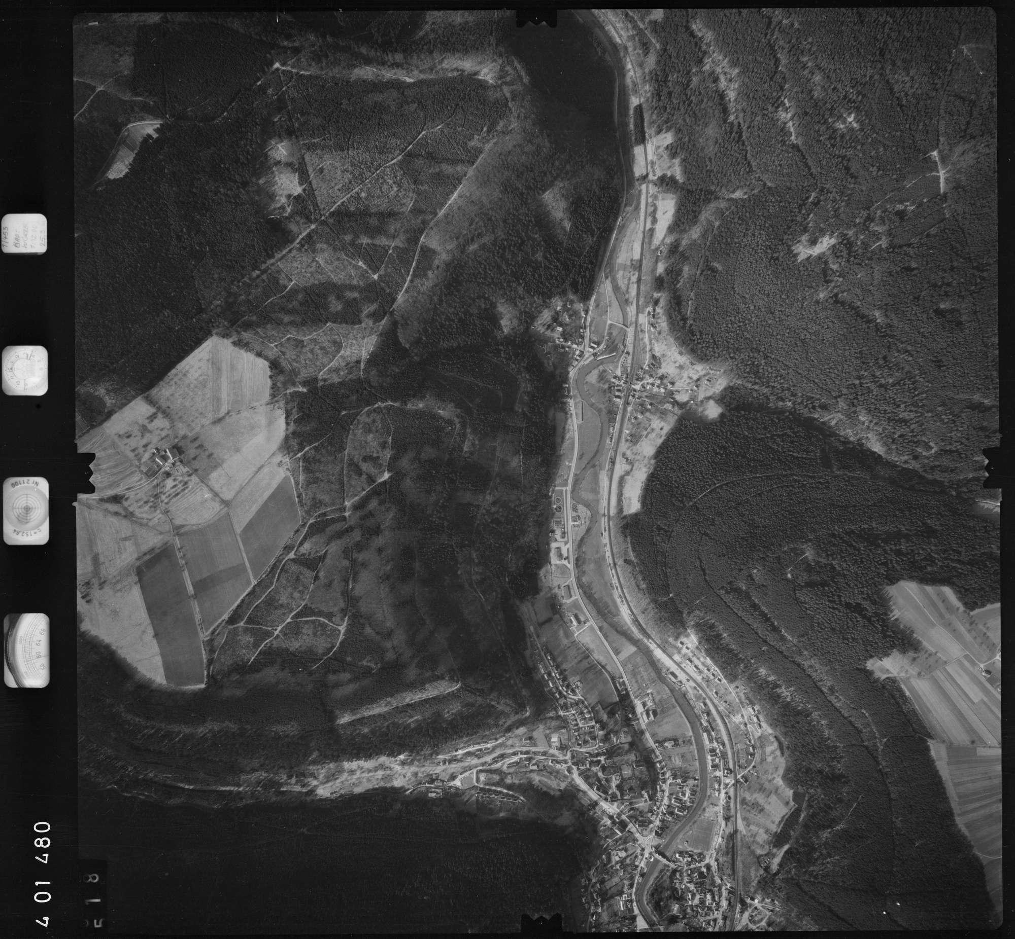 Luftbild: Film 23 Bildnr. 518, Bild 1