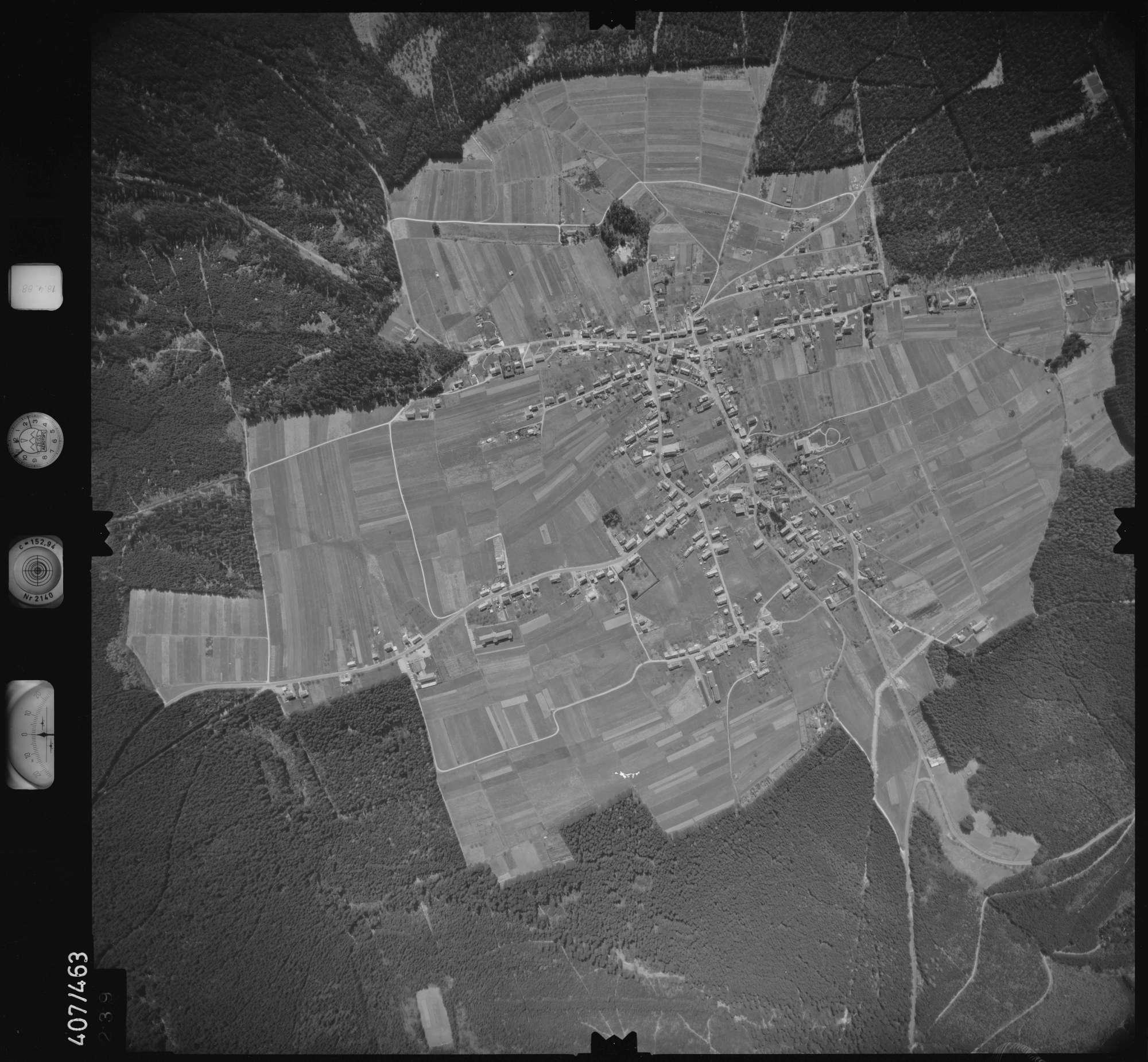 Luftbild: Film 4 Bildnr. 239, Bild 1