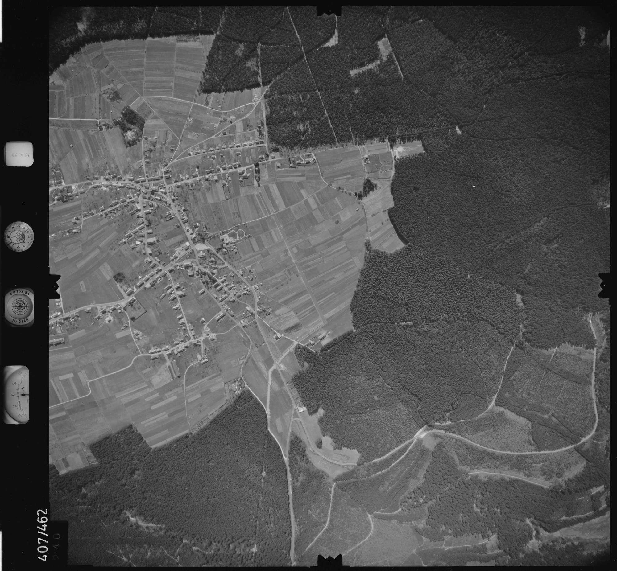 Luftbild: Film 4 Bildnr. 240, Bild 1