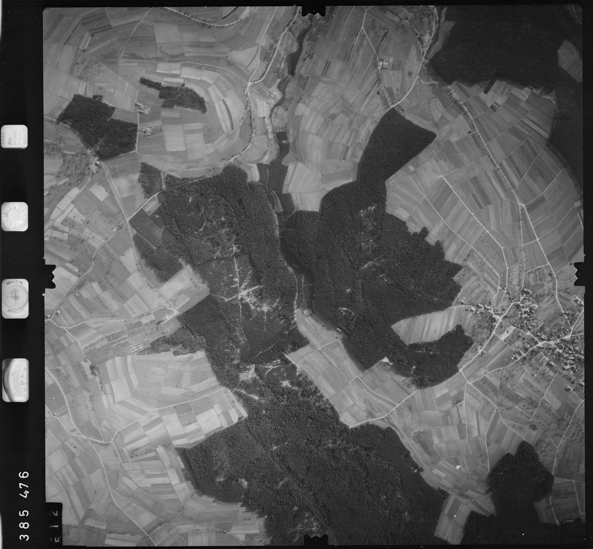 Luftbild: Film 23 Bildnr. 512, Bild 1