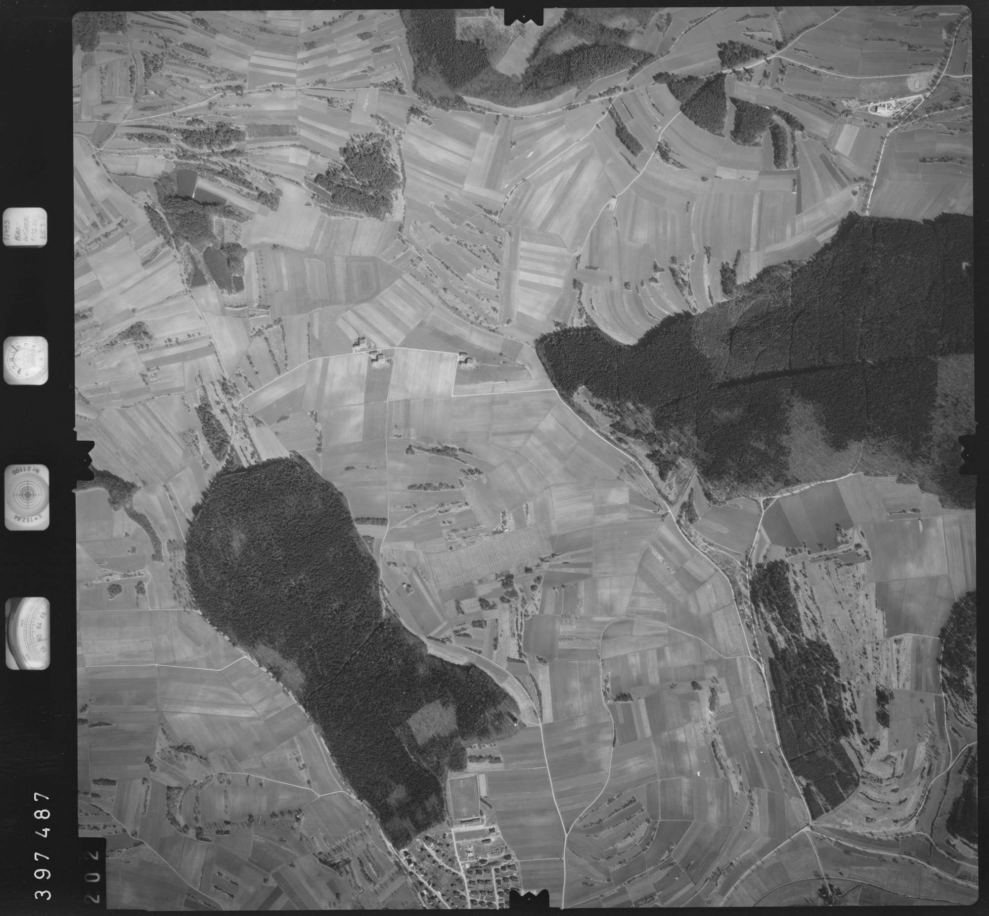 Luftbild: Film 17 Bildnr. 202, Bild 1