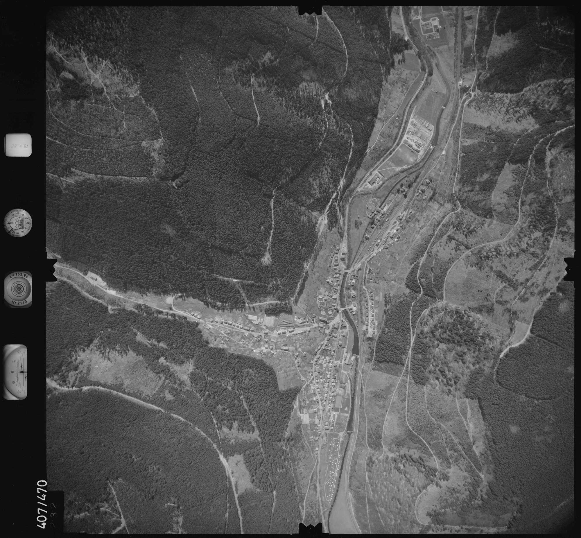 Luftbild: Film 4 Bildnr. 232, Bild 1