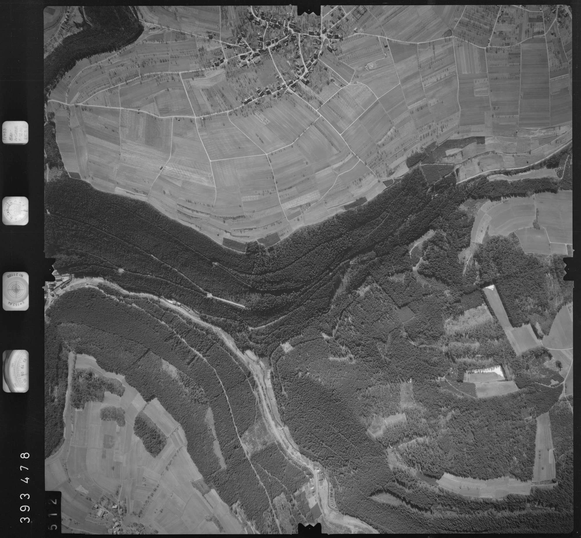 Luftbild: Film 13 Bildnr. 512, Bild 1
