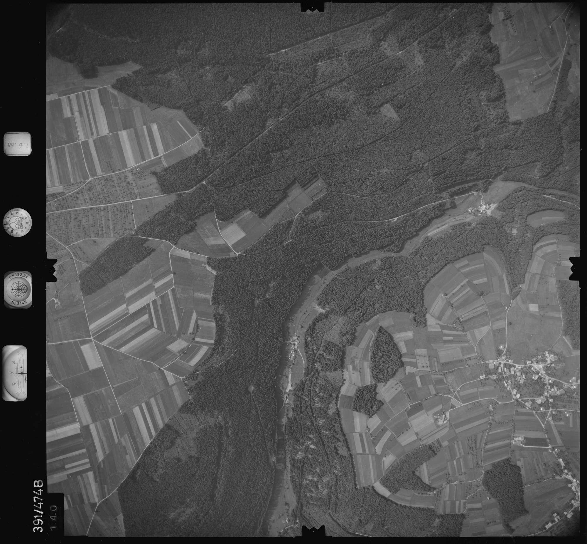 Luftbild: Film 16 Bildnr. 140, Bild 1