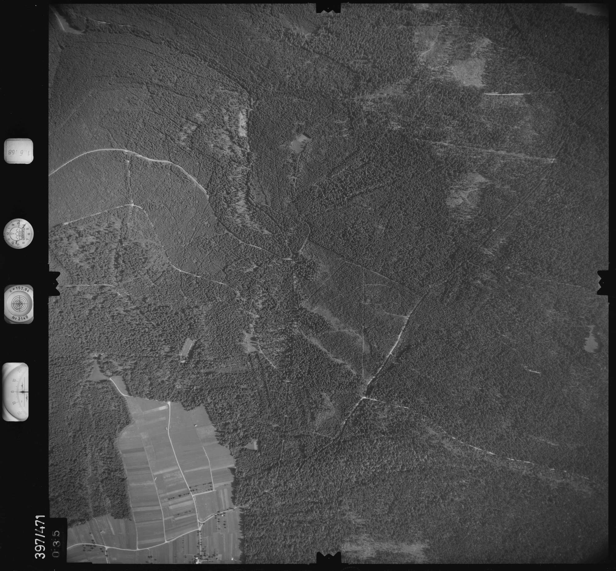 Luftbild: Film 16 Bildnr. 35, Bild 1