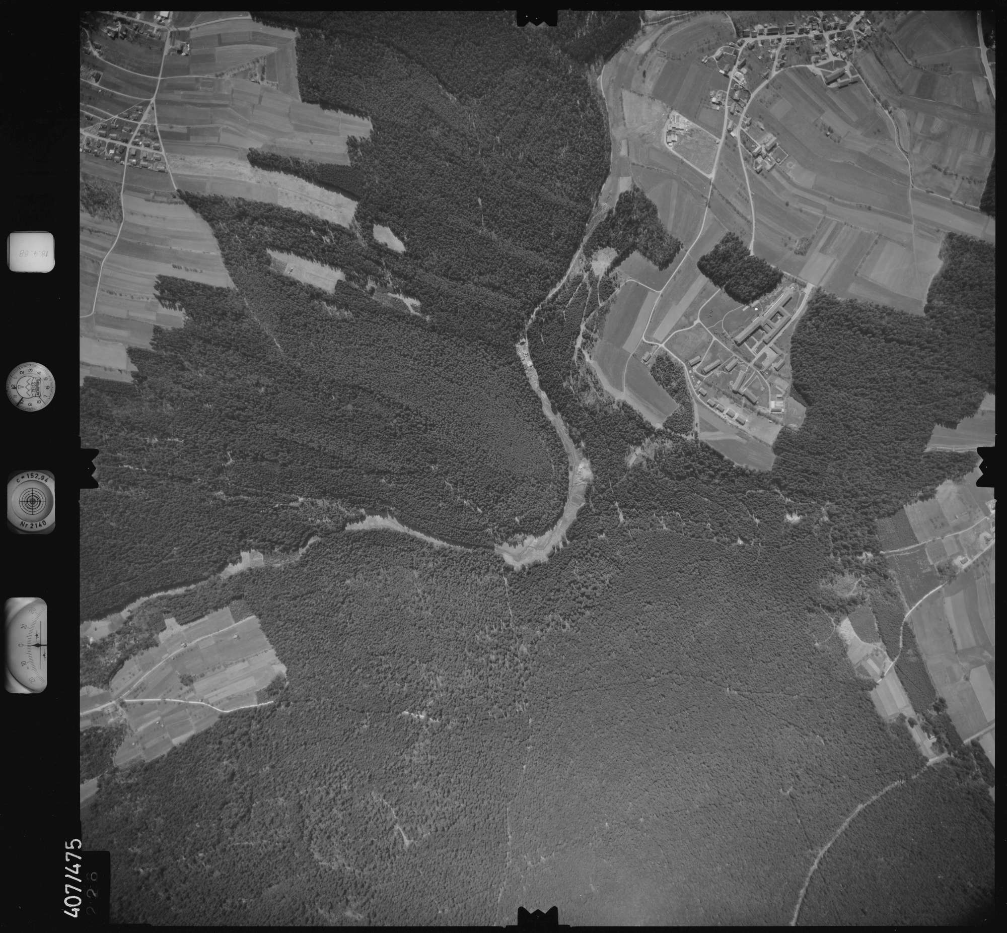 Luftbild: Film 4 Bildnr. 226, Bild 1