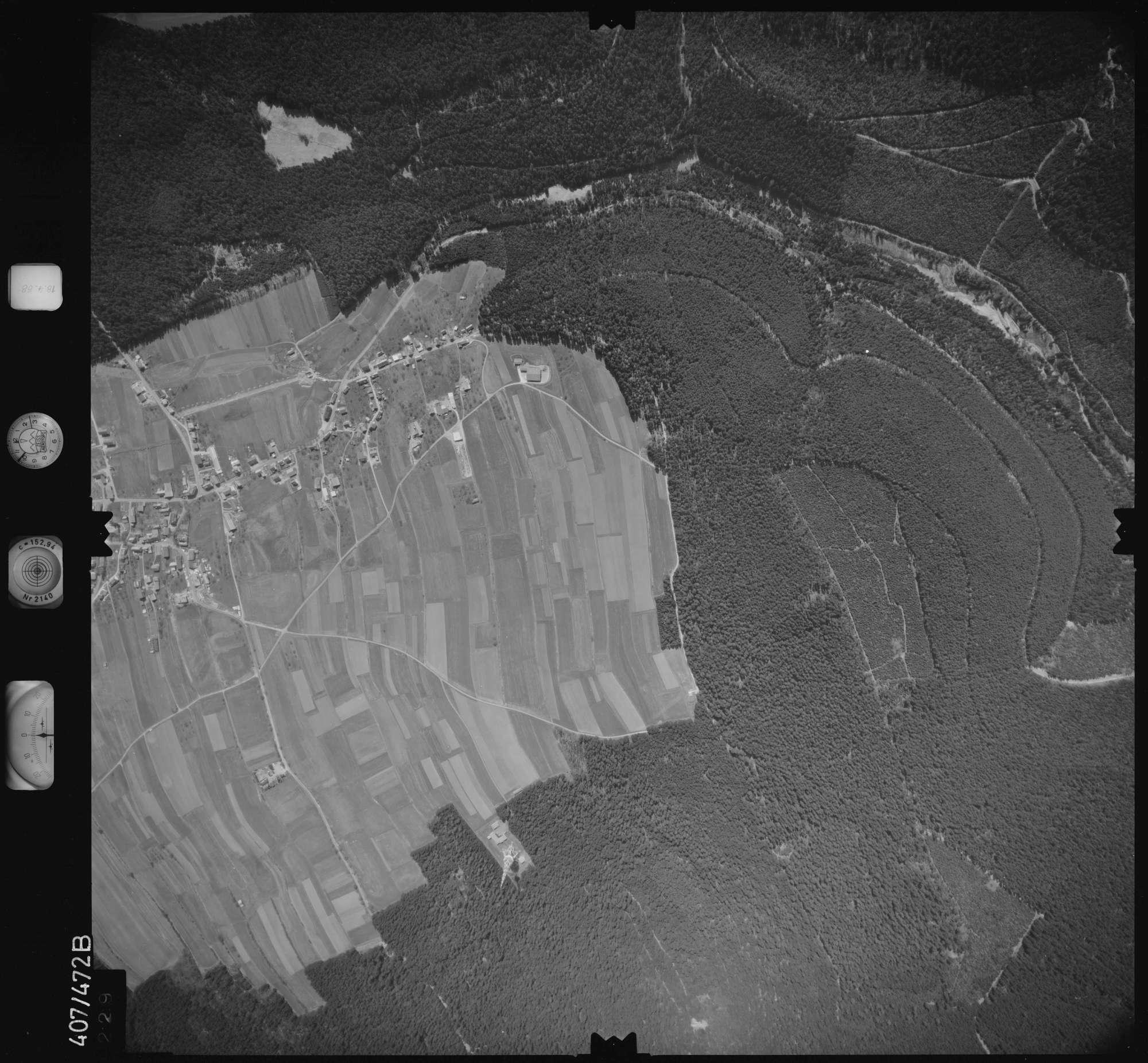 Luftbild: Film 4 Bildnr. 229, Bild 1