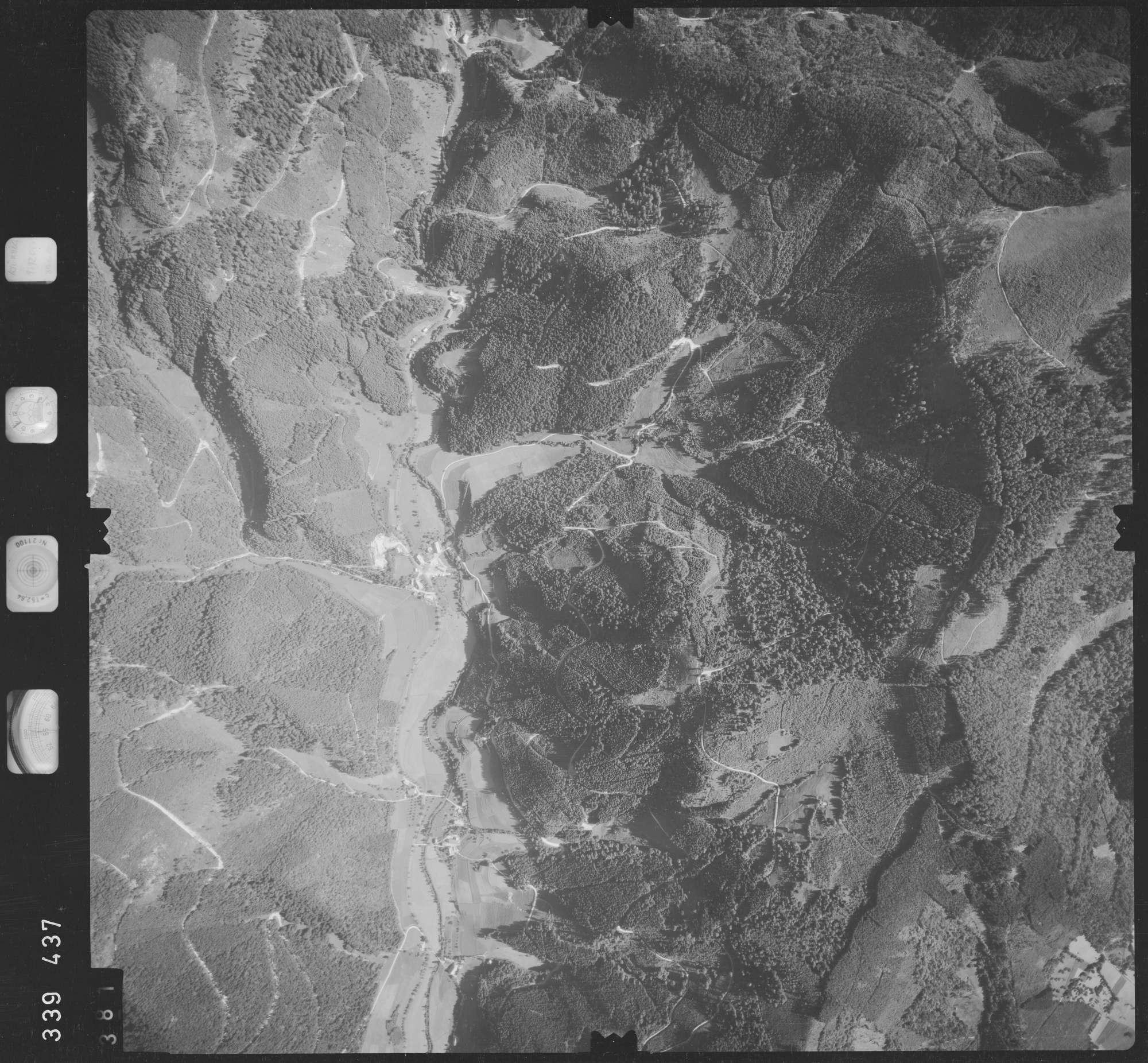 Luftbild: Film 48 Bildnr. 381, Bild 1