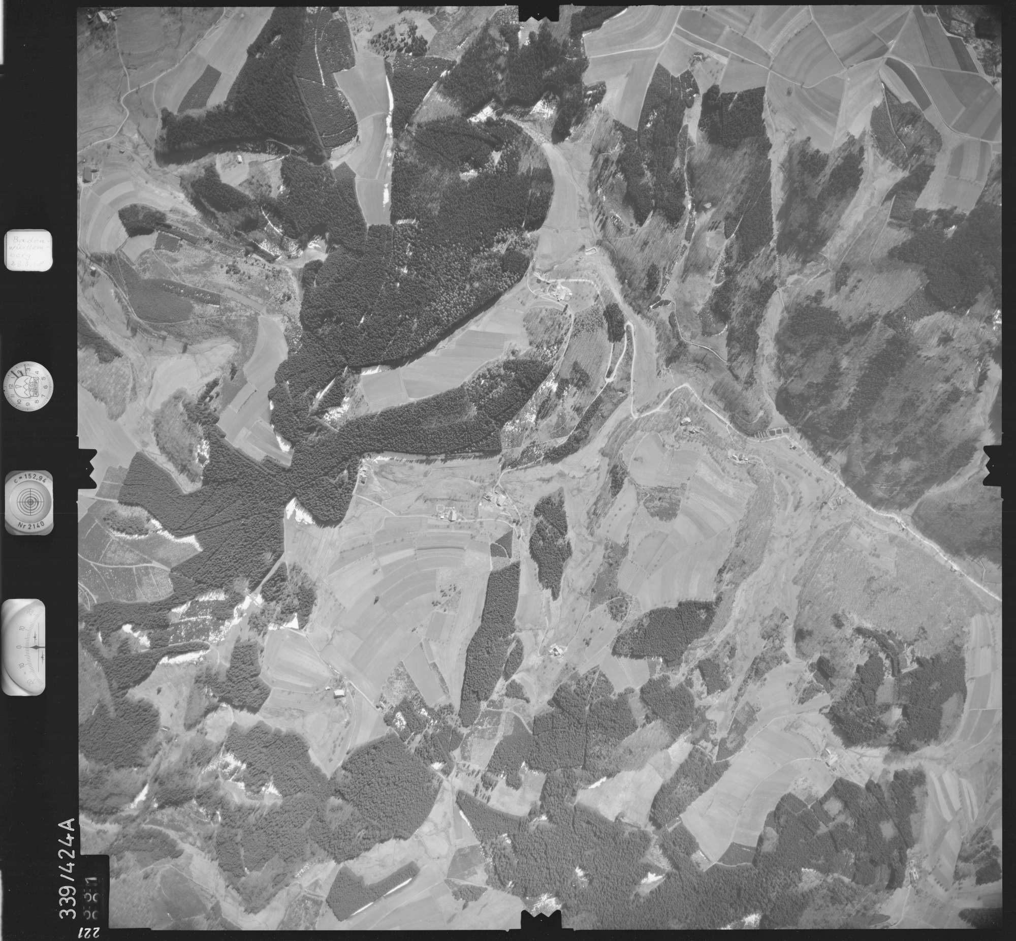 Luftbild: Film 36 Bildnr. 221, Bild 1