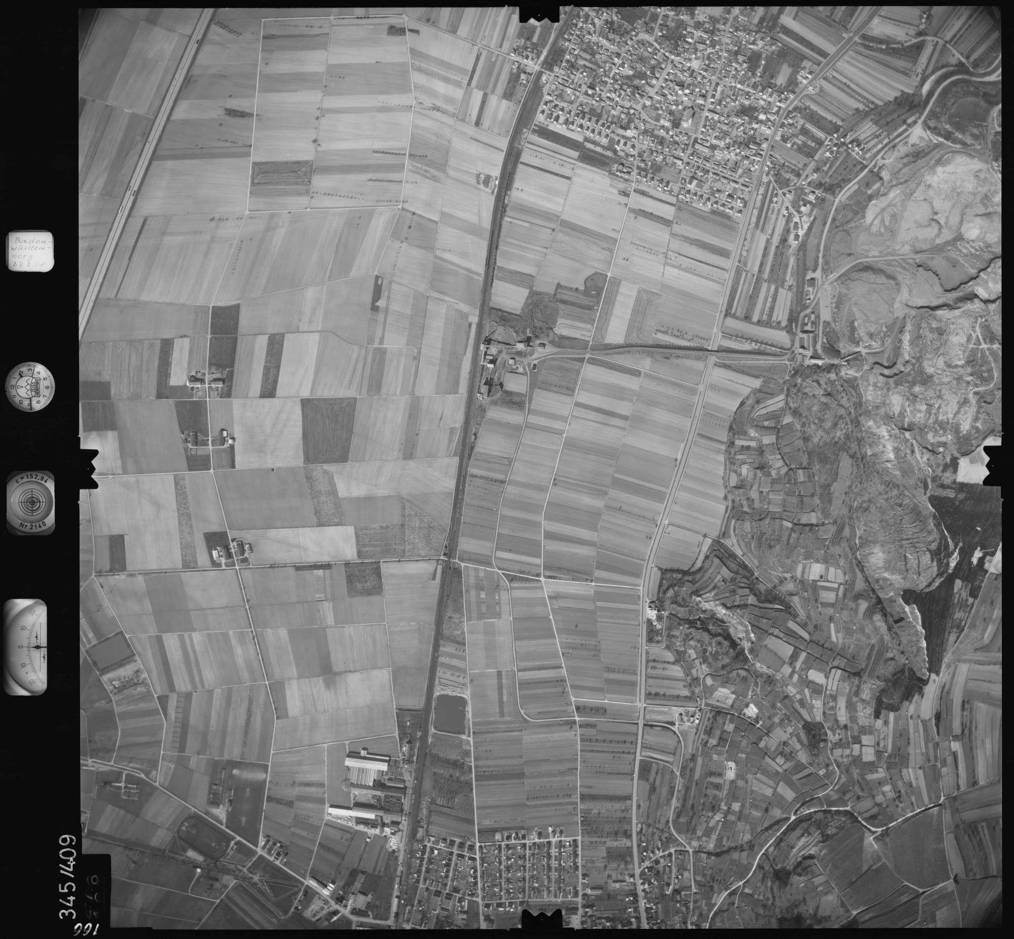 Luftbild: Film 36 Bildnr. 166, Bild 1