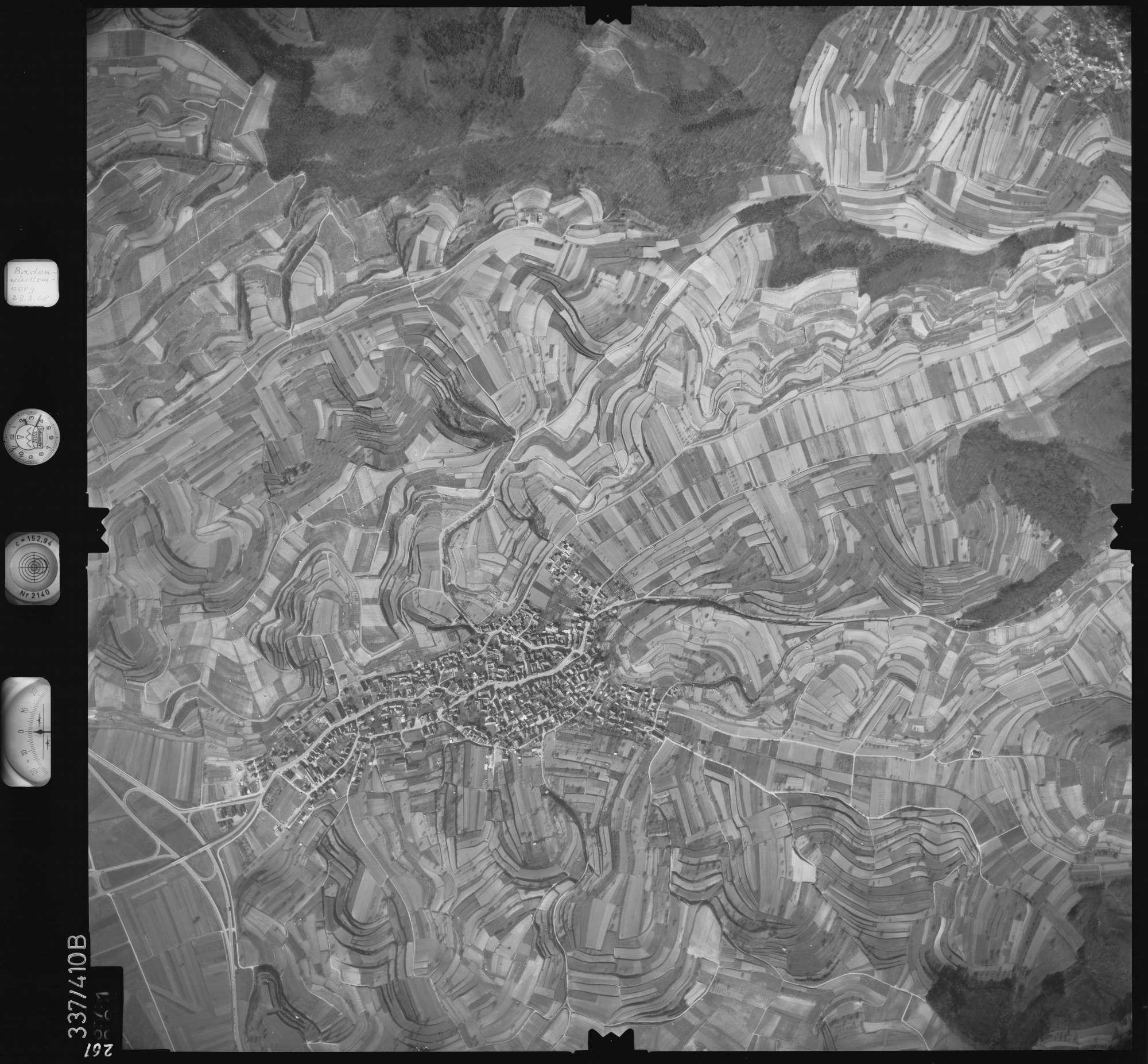 Luftbild: Film 36 Bildnr. 261, Bild 1