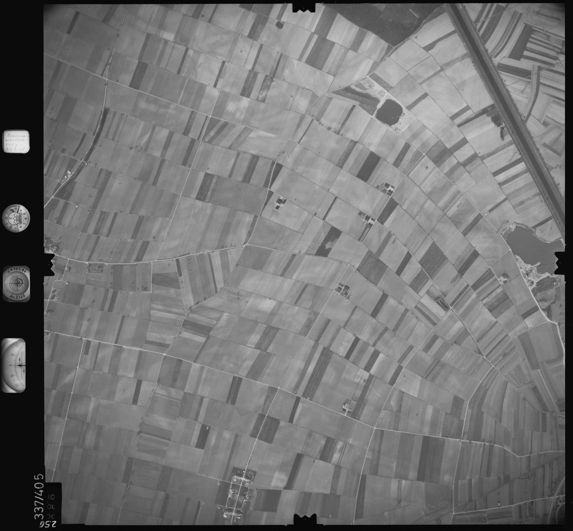 Luftbild: Film 36 Bildnr. 256, Bild 1
