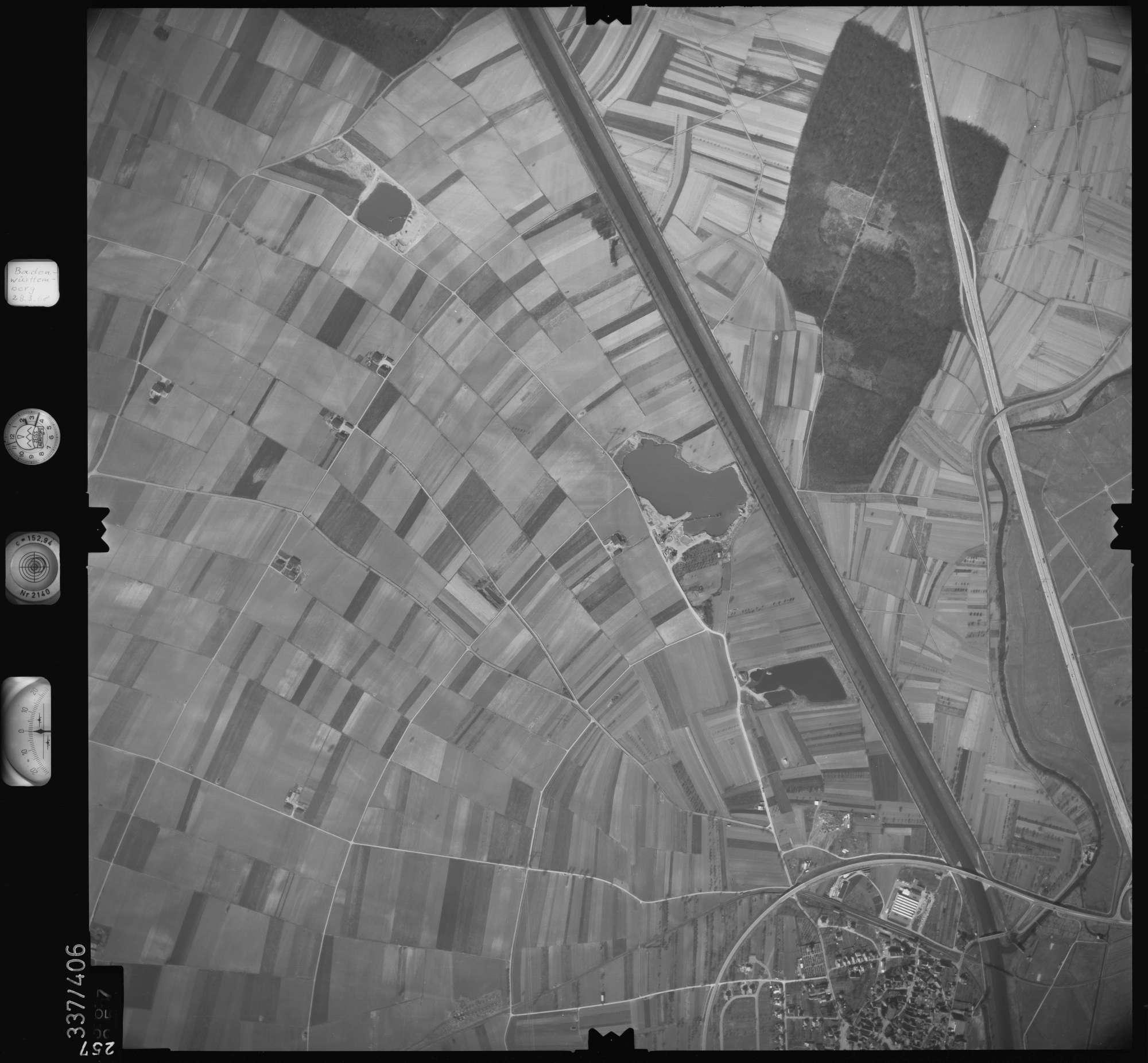 Luftbild: Film 36 Bildnr. 257, Bild 1