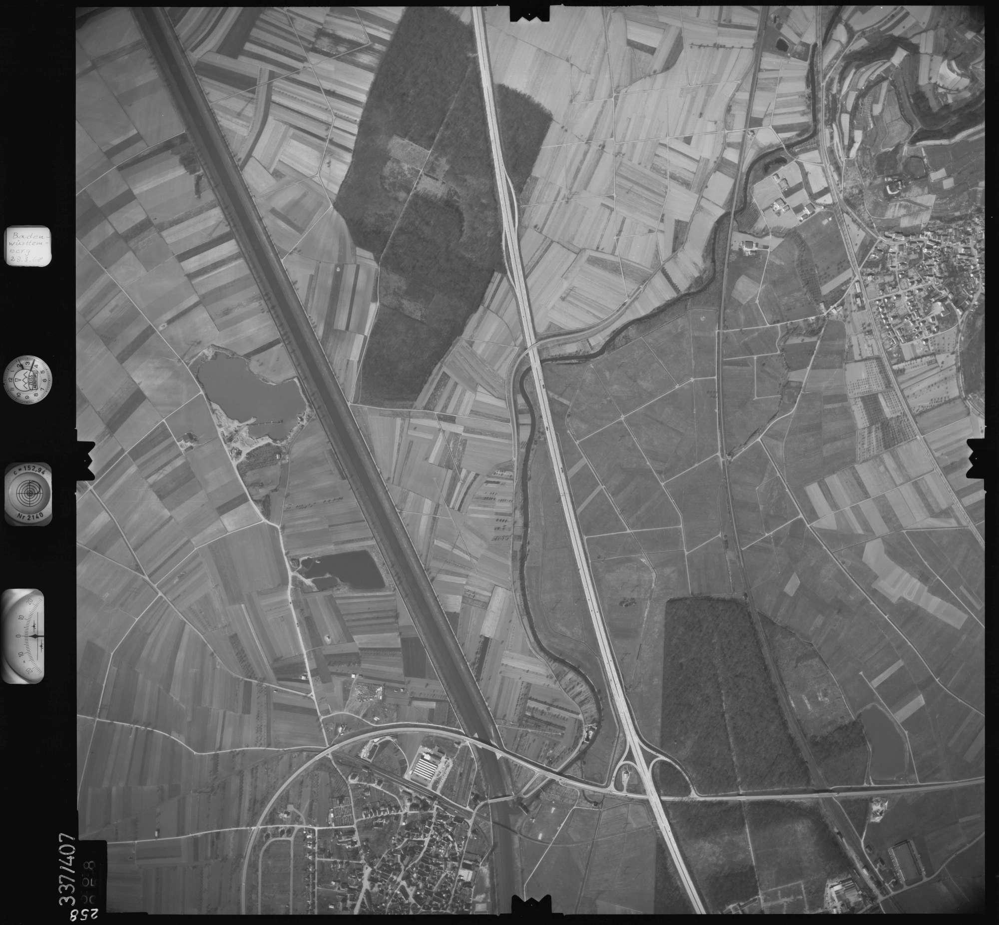 Luftbild: Film 36 Bildnr. 258, Bild 1