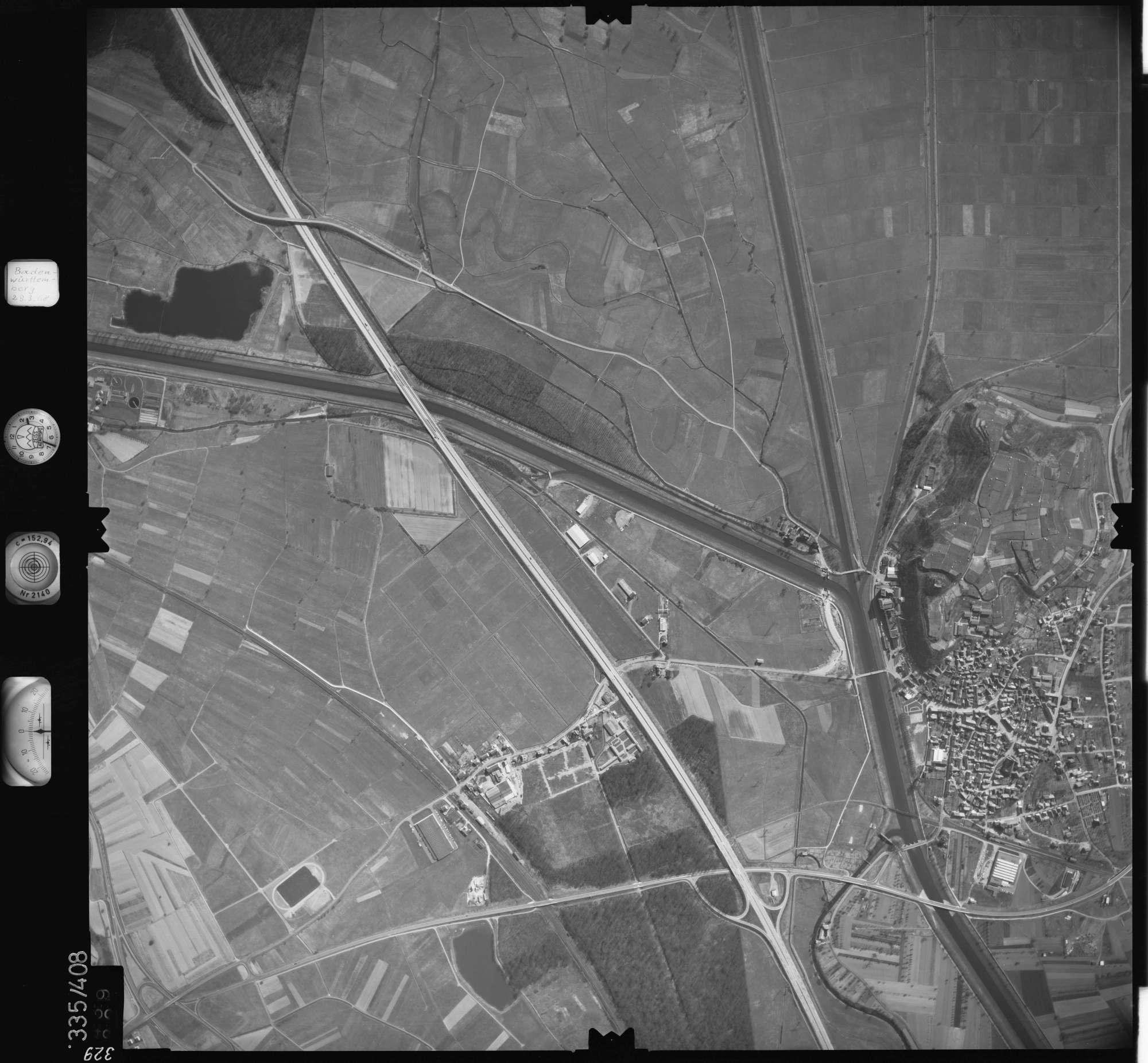 Luftbild: Film 36 Bildnr. 329, Bild 1