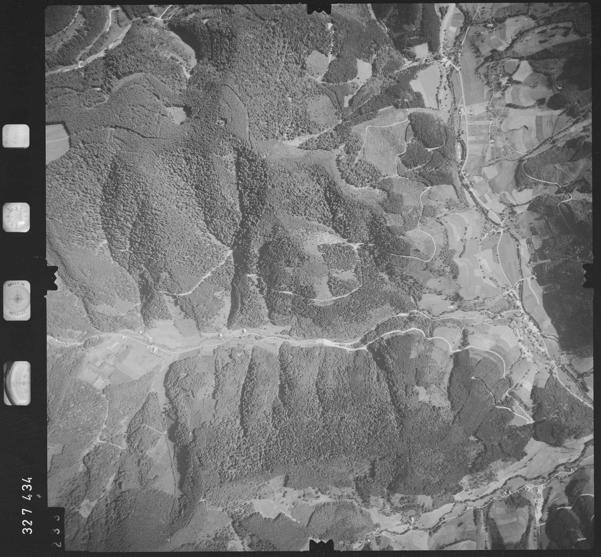 Luftbild: Film 48 Bildnr. 233, Bild 1