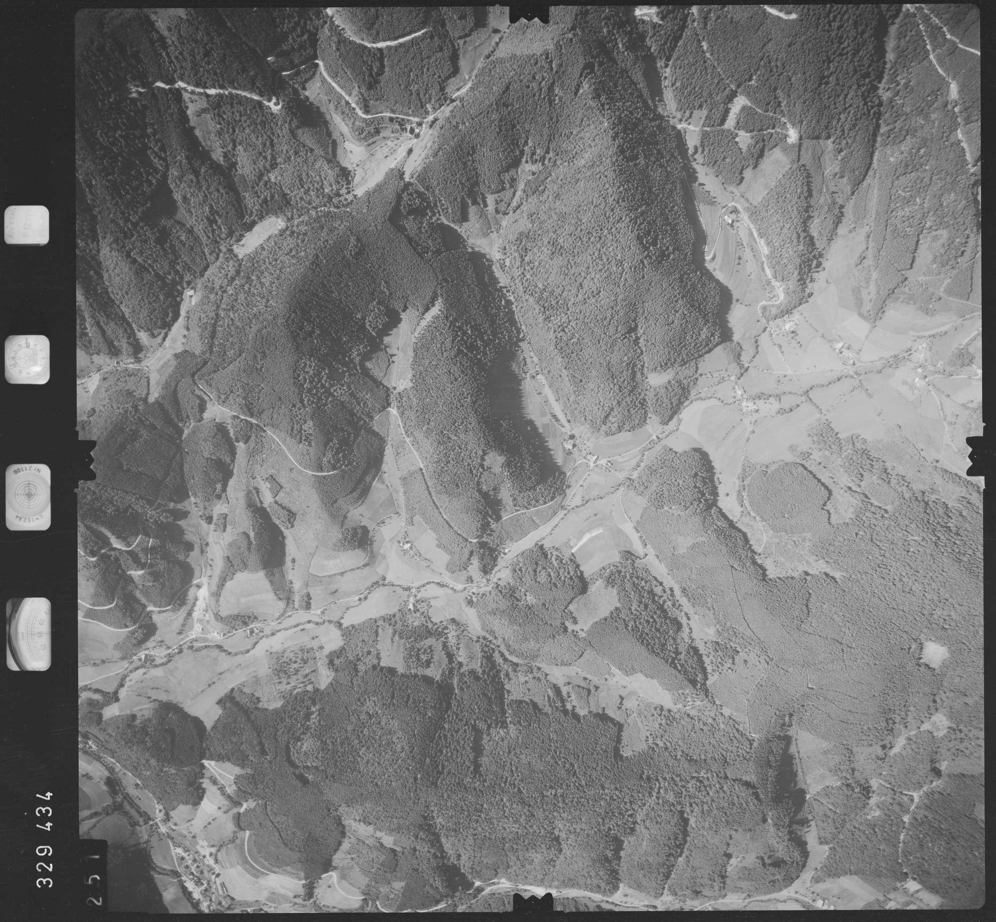 Luftbild: Film 48 Bildnr. 251, Bild 1