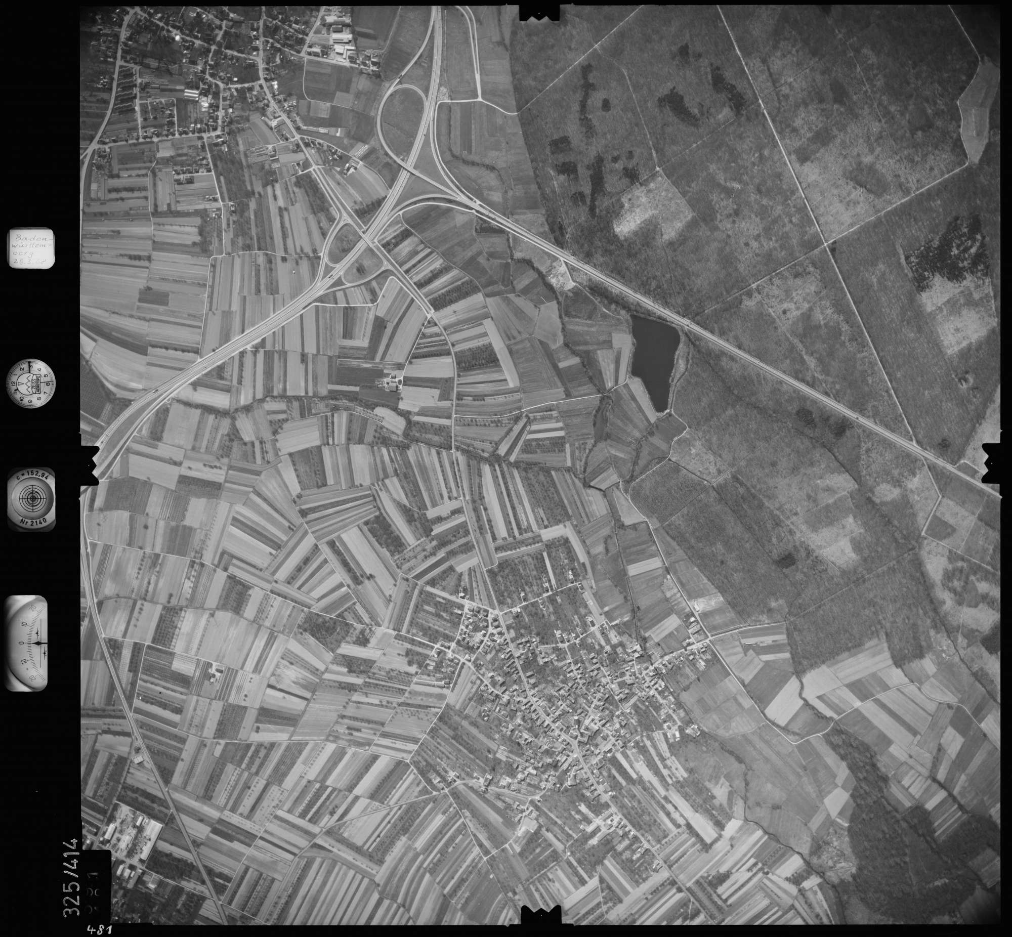 Luftbild: Film 47 Bildnr. 481, Bild 1