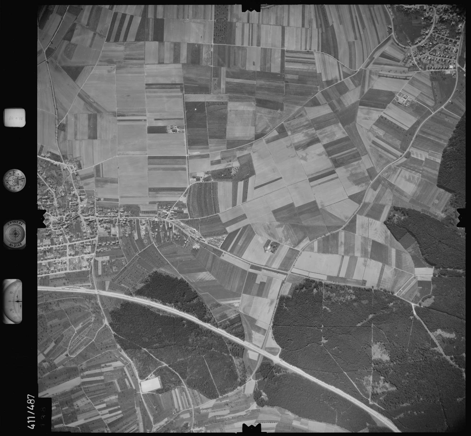Luftbild: Film 4 Bildnr. 138, Bild 1