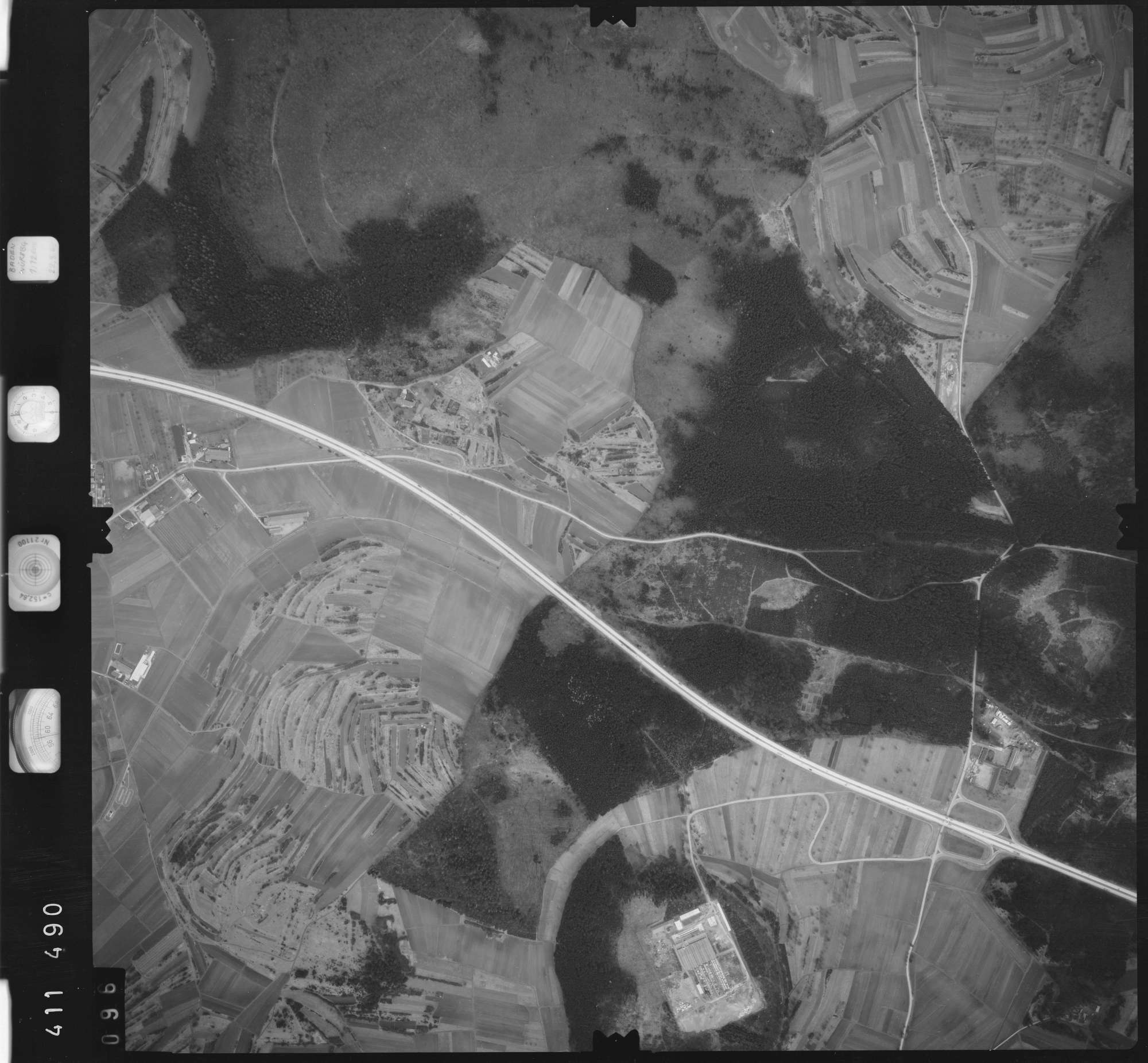Luftbild: Film 5 Bildnr. 96, Bild 1