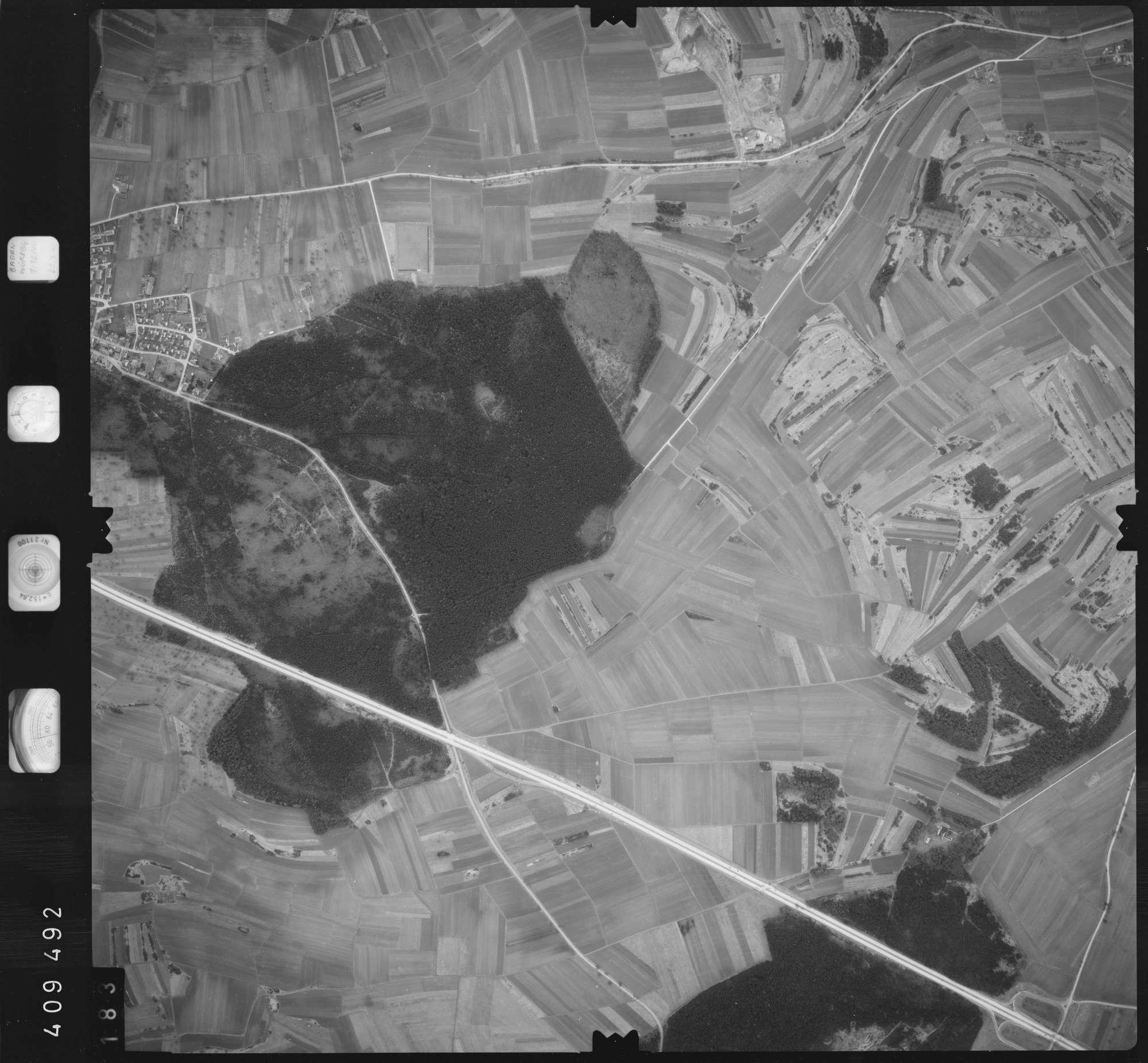 Luftbild: Film 5 Bildnr. 183, Bild 1
