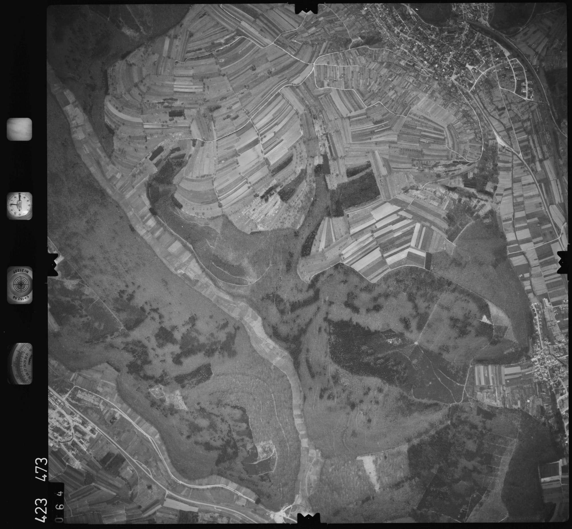 Luftbild: Film 1 Bildnr. 64, Bild 1
