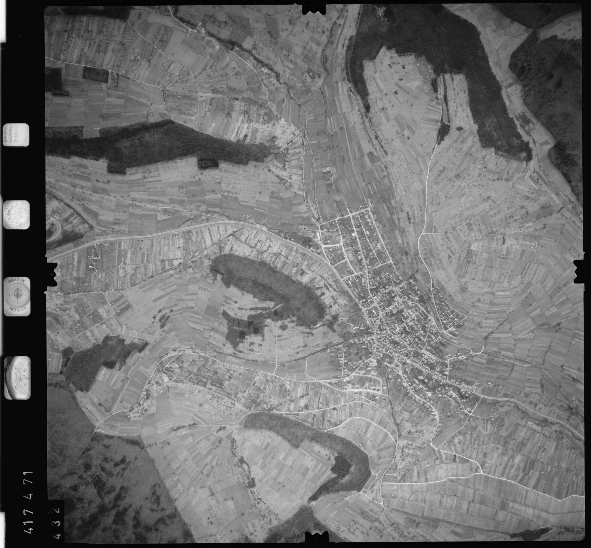 Luftbild: Film 2 Bildnr. 432, Bild 1