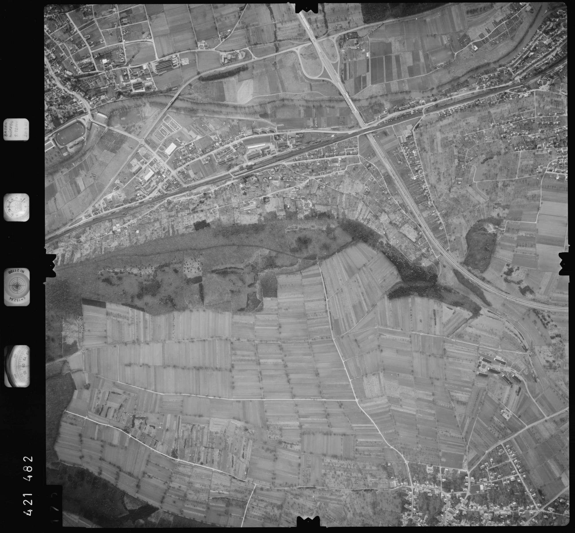 Luftbild: Film 1 Bildnr. 175, Bild 1
